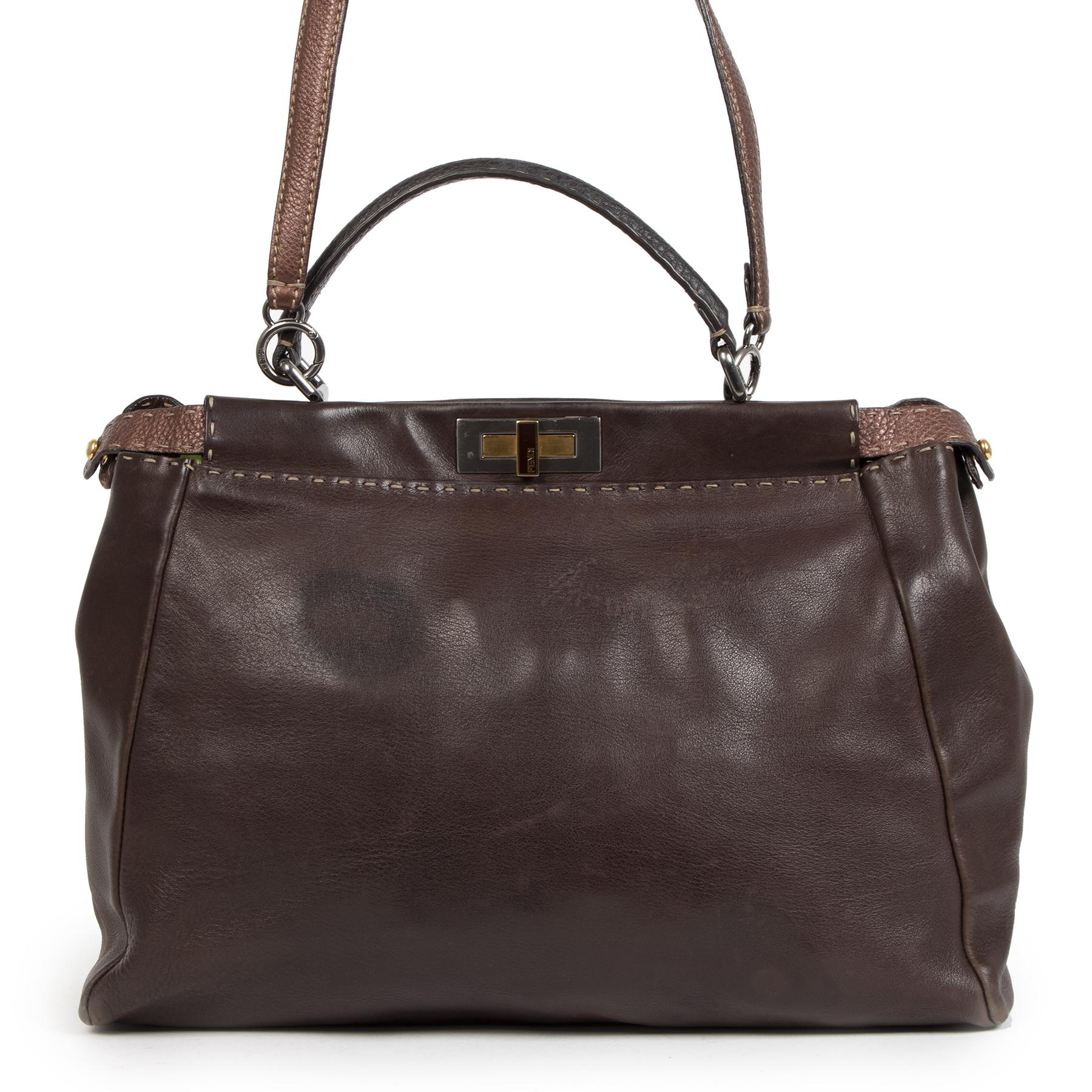 Authentieke tweedehands Fendi Peekaboo handtassen te koop bij LabelLOV aan de juiste prijs. Koop Veilig online bij LabelLOV.