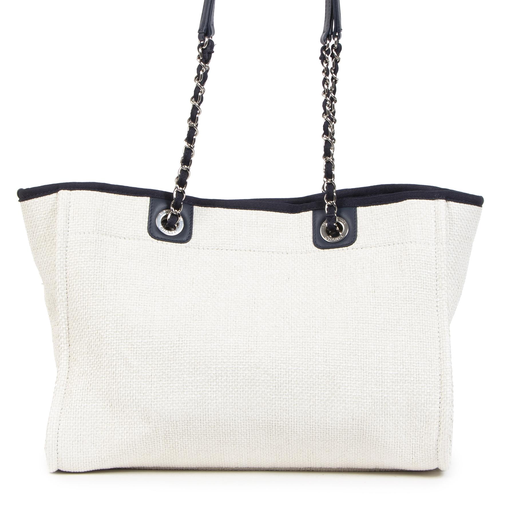 Authentieke Tweedehands Chanel Deauville Neutral Canvas Shoulder Tote Bag juiste prijs veilig online shoppen luxe merken webshop winkelen Antwerpen België mode fashion