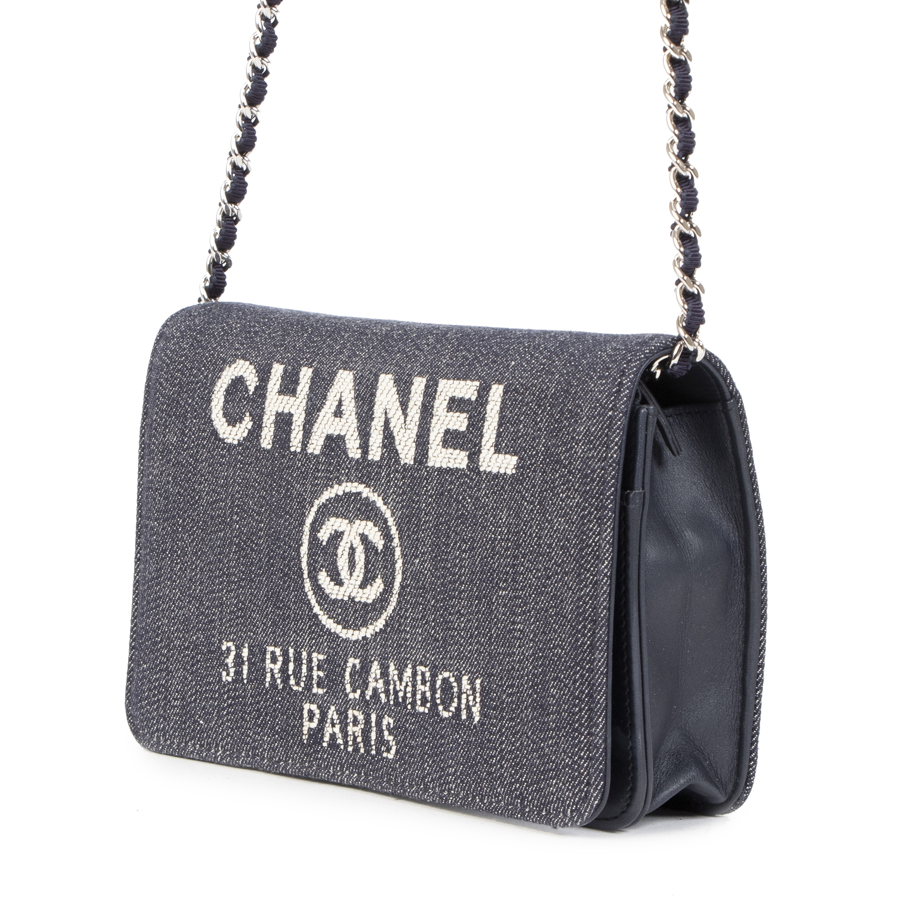 Authentic secondhand Chanel Denim 31 Rue Cambon Wallet On A Chain designer bags designer brands fashion luxury vintage webshop safe secure online shopping worldwide shipping