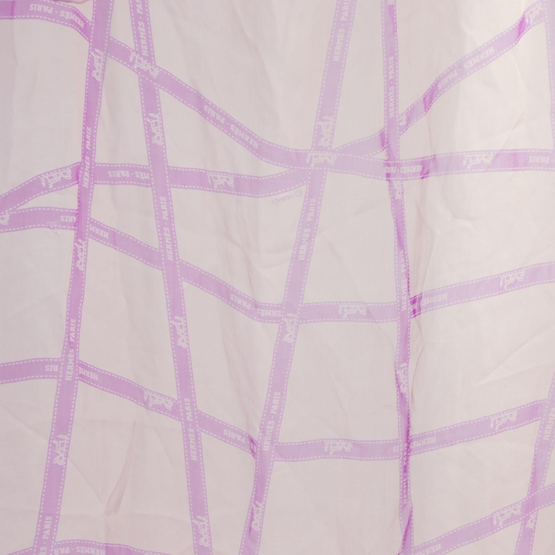 Authentieke Tweedehands Hermès Purple Silk Scarf  juiste prijs veilig online shoppen luxe merken webshop winkelen Antwerpen België mode fashion