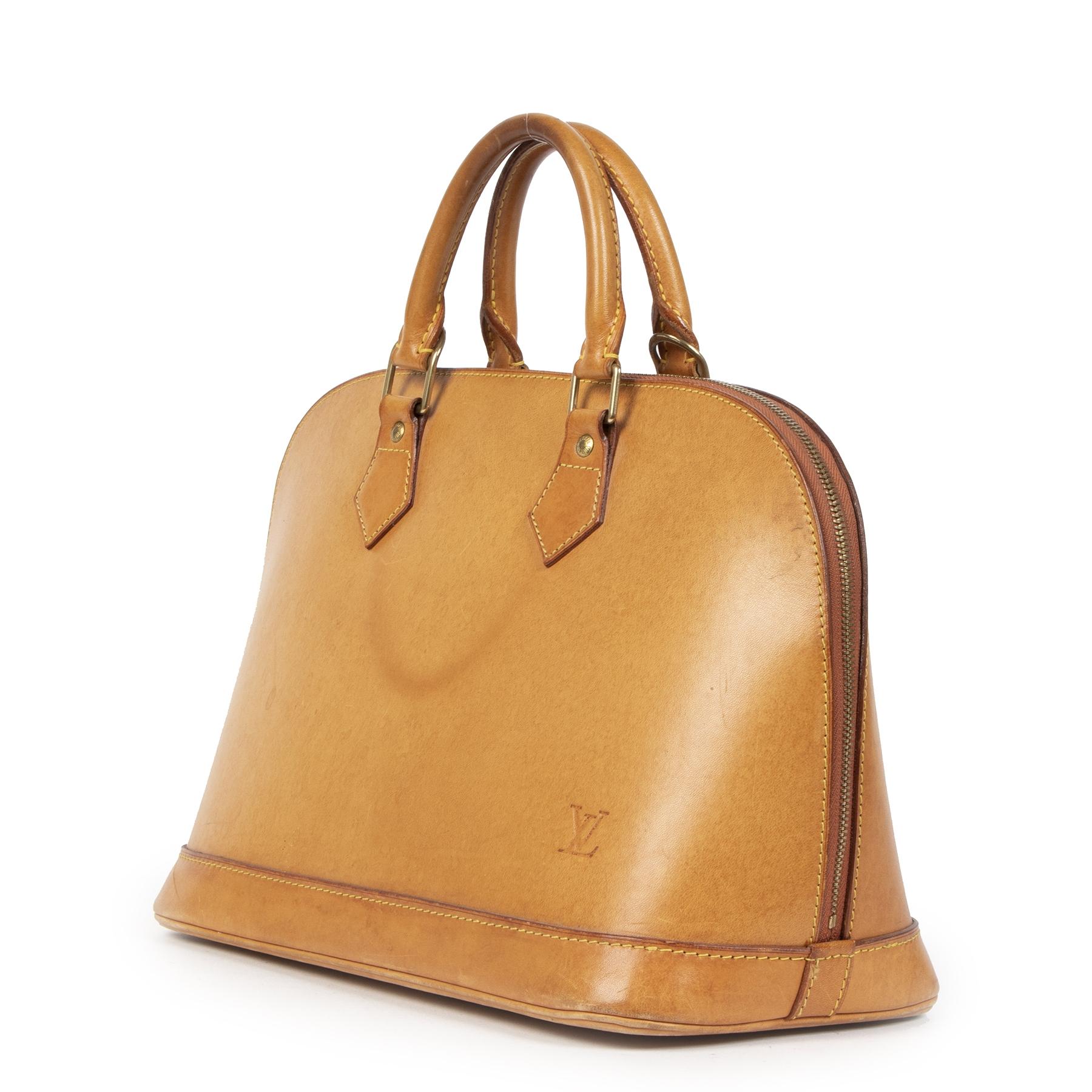 Louis Vuitton Nomade Leather Alma Bag pour le meilleur prix chez Labellov à Anvers