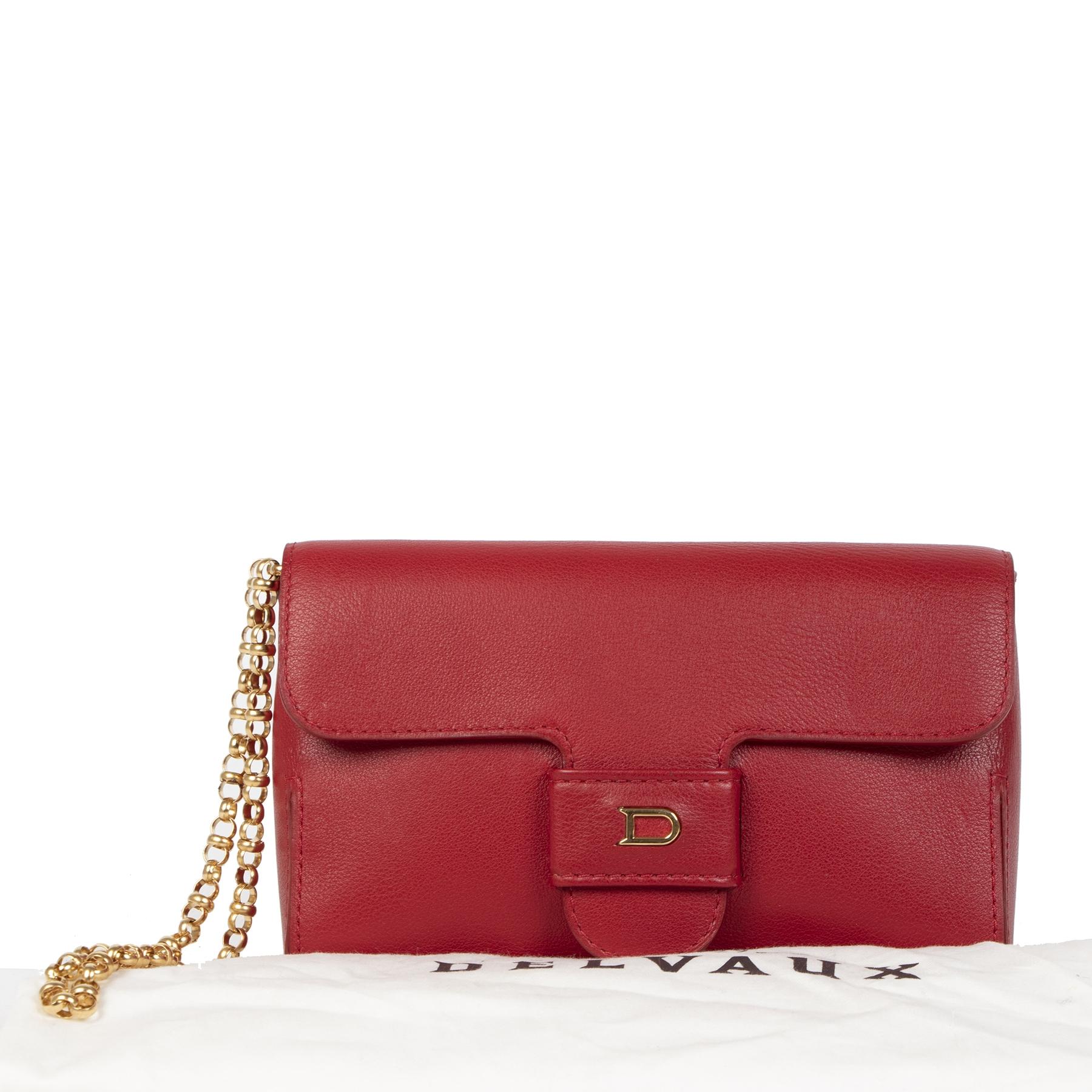 Delvaux Red Chain Evening Bag te koop aan de beste prijs bij Labellov