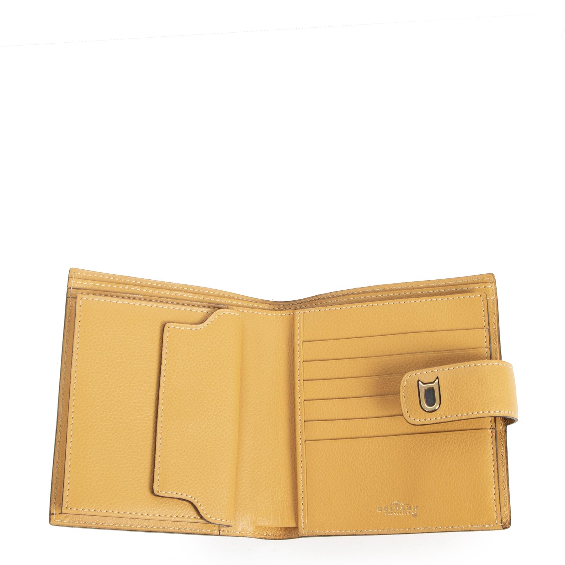 Authentieke tweedehands vintage Delvaux Ochre Leather Wallet koop online webshop LabelLOV