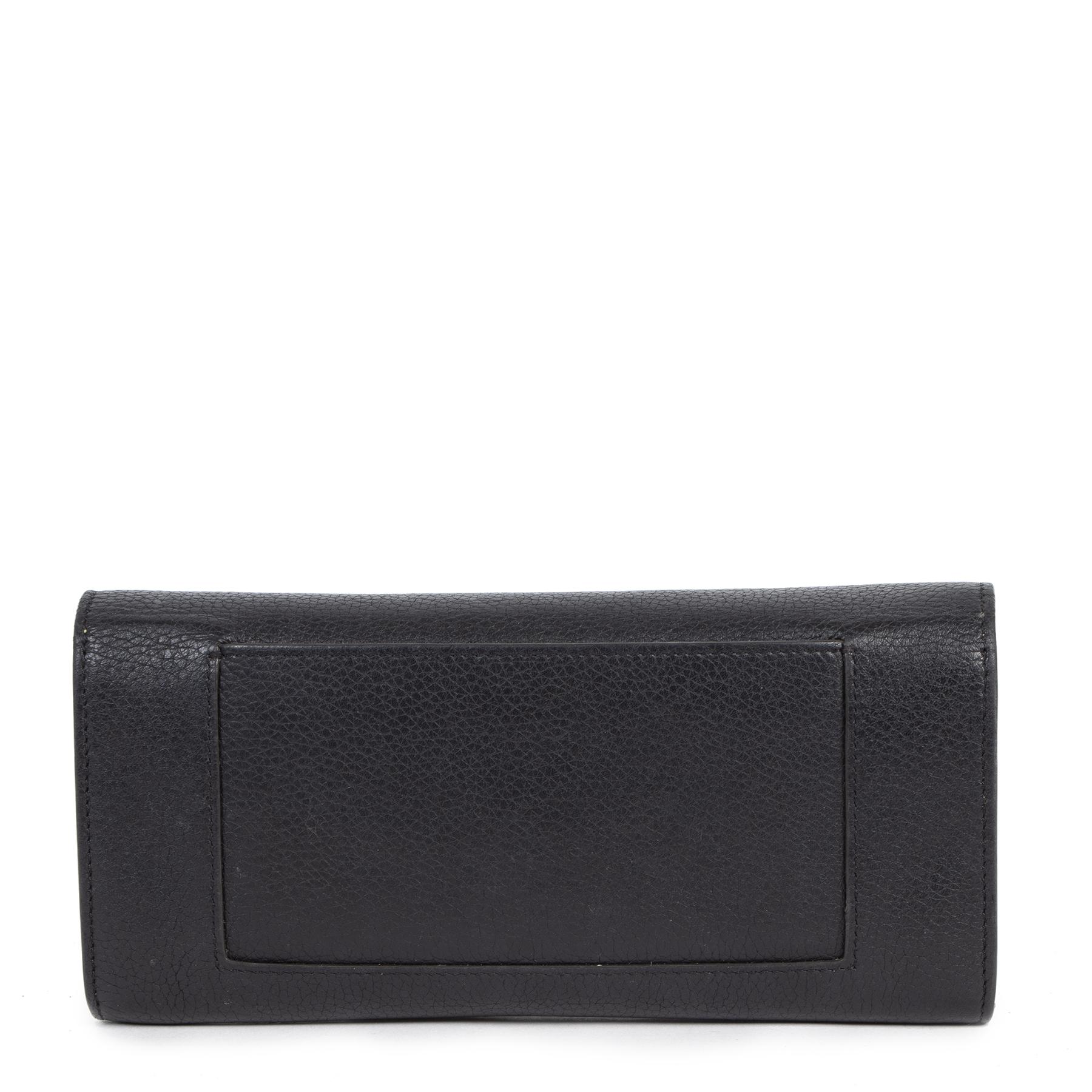 Koop online veilig authentieke tweedehands Celine portefeuilles met de juiste prijs bij LabelLOV.