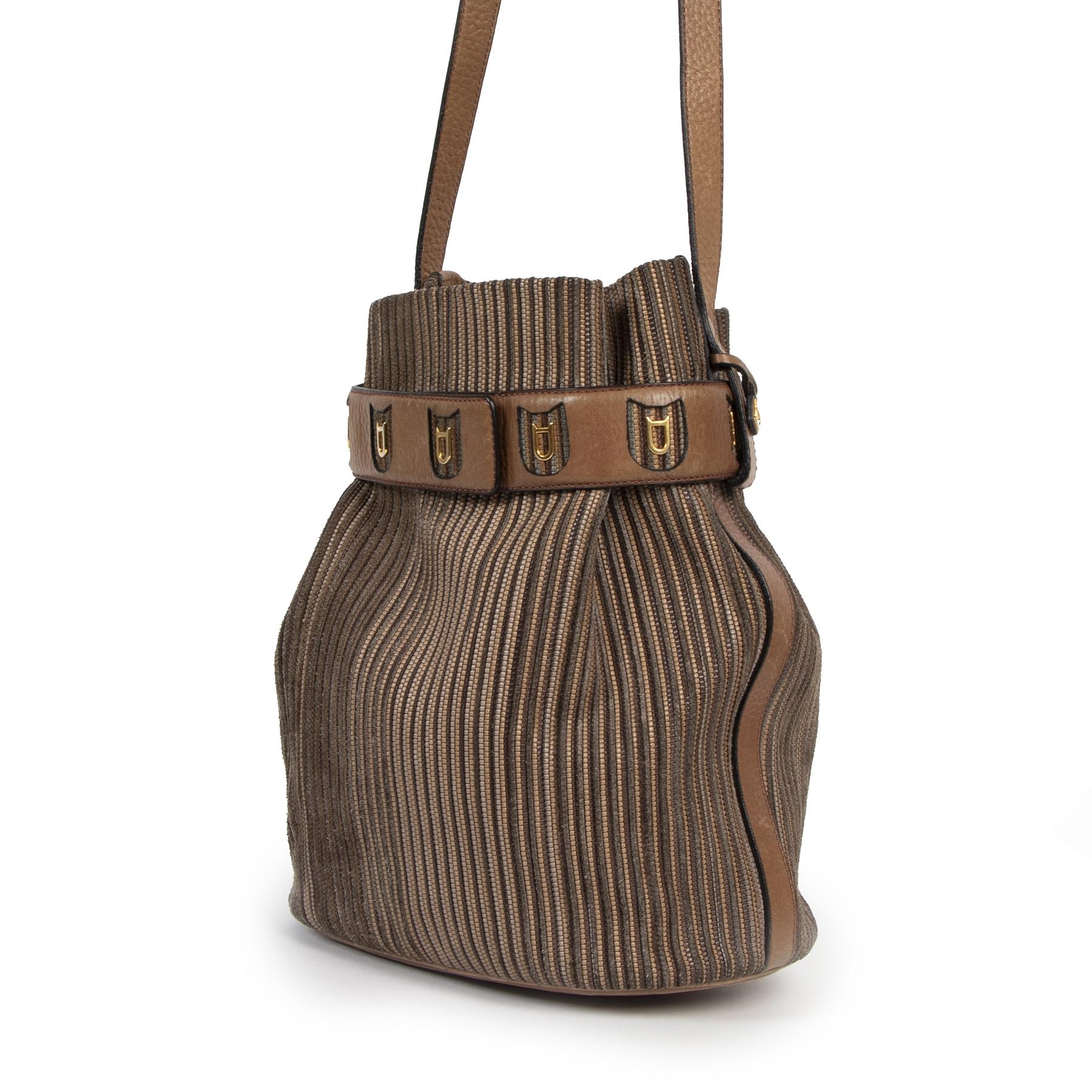 Buy authentic secondhand Delvaux 'Toile De Cuir' bucket bags at labelLOV Antwerp