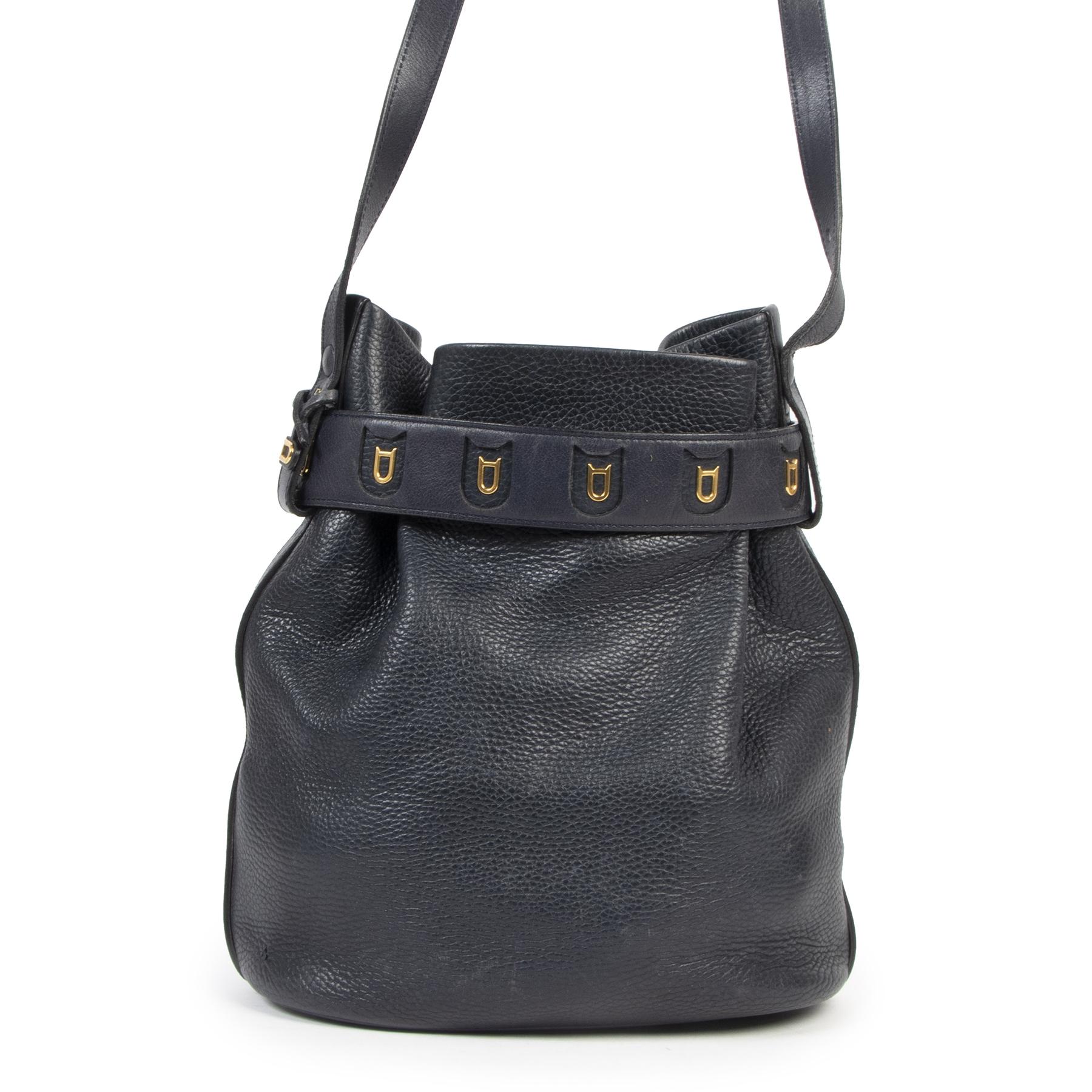Authentieke Tweedehands Delvaux Dark Blue Leather Bucket Bag juiste prijs veilig online shoppen luxe merken webshop winkelen Antwerpen België mode fashion