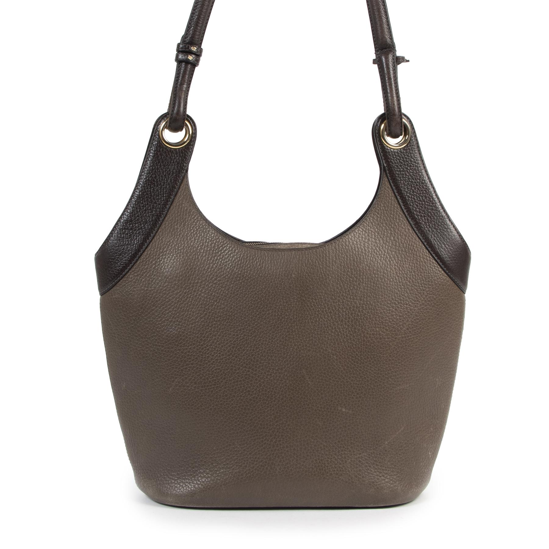Authentieke Tweedehands Delvaux Taupe Leather Shoulder Bag juiste prijs veilig online shoppen luxe merken webshop winkelen Antwerpen België mode fashion