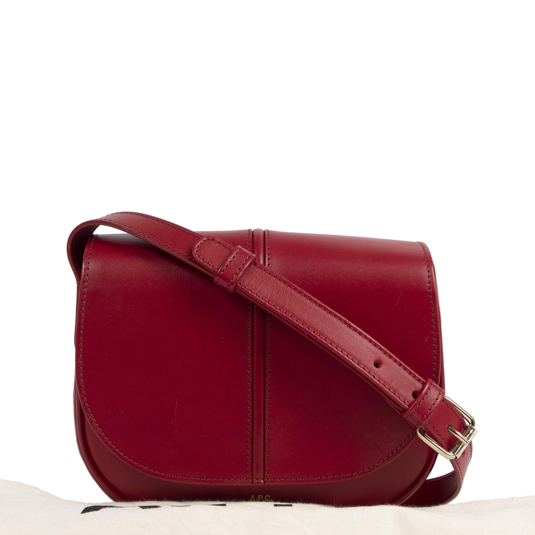 A.P.C. Betty Red Leather Crossbody Bag for sale only at Labellov Verlatstraat 15 2000 Antwerp.