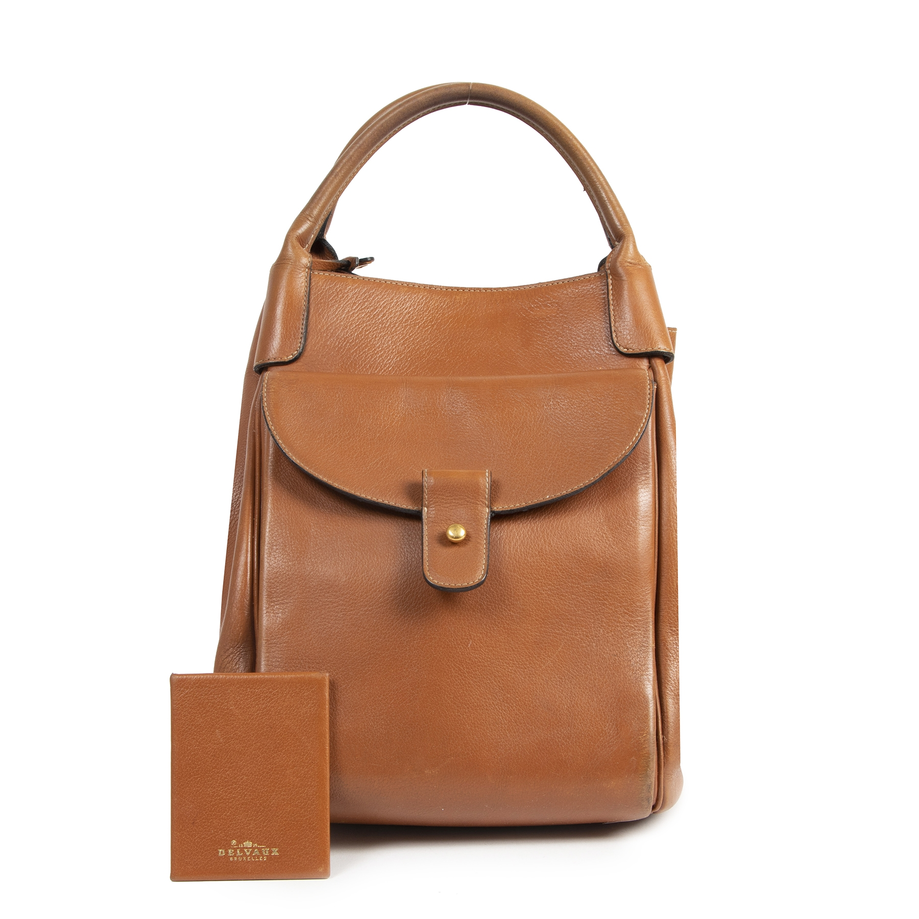 Authentic secondhand Delvaux Camel Leather Bucket Bag designer bags luxury vintage webshop fashion safe secure online shopping