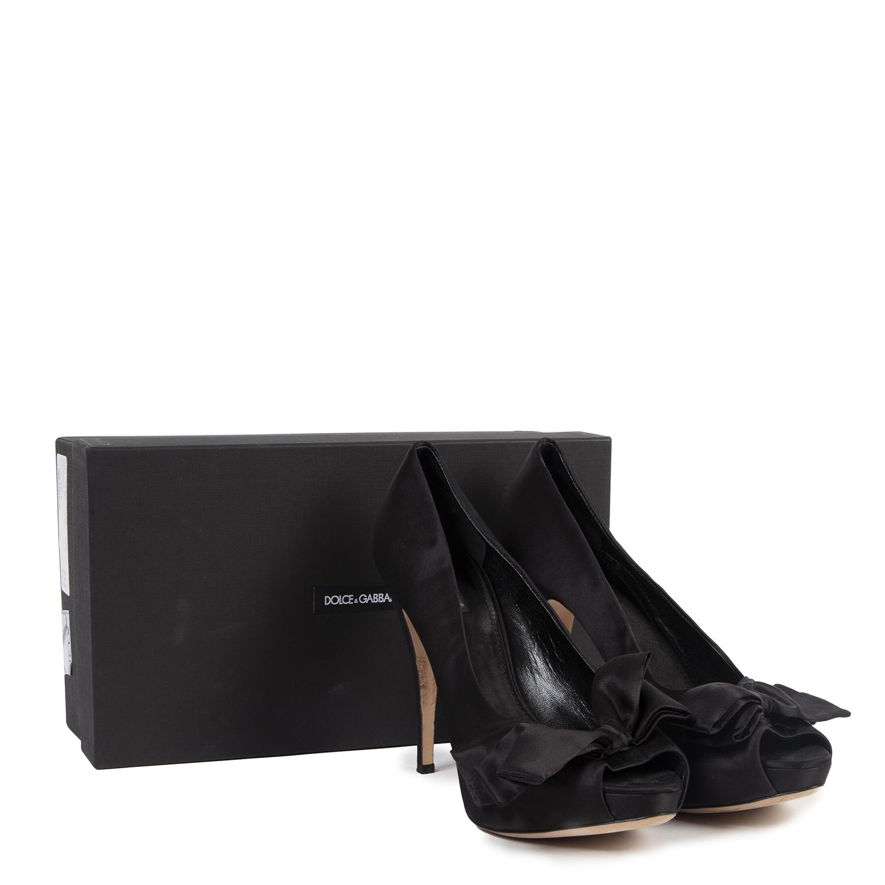 Authentieke tweedehands vintage D&G Black Silk Pumps - Size 40 koop online webshop LabelLOV