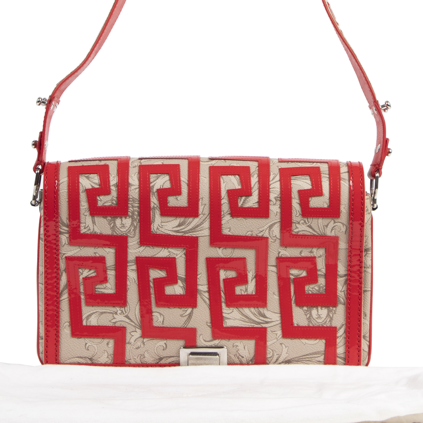 Authentieke tweedehands vintage Versace Red Baroque Print Shoulder Bag bij online webshop LabelLOV