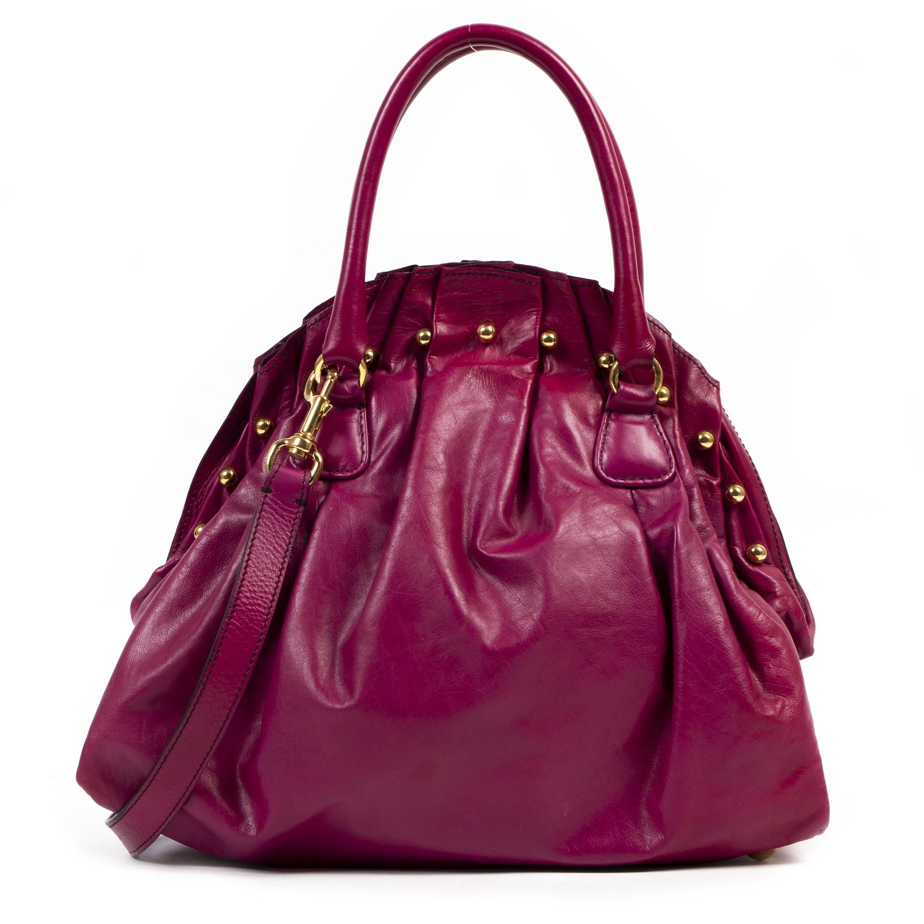 Authentieke Tweedehands Valentino Fuchsia Leather Large Clasp Bag juiste prijs veilig online shoppen luxe merken webshop winkelen Antwerpen België mode fashion