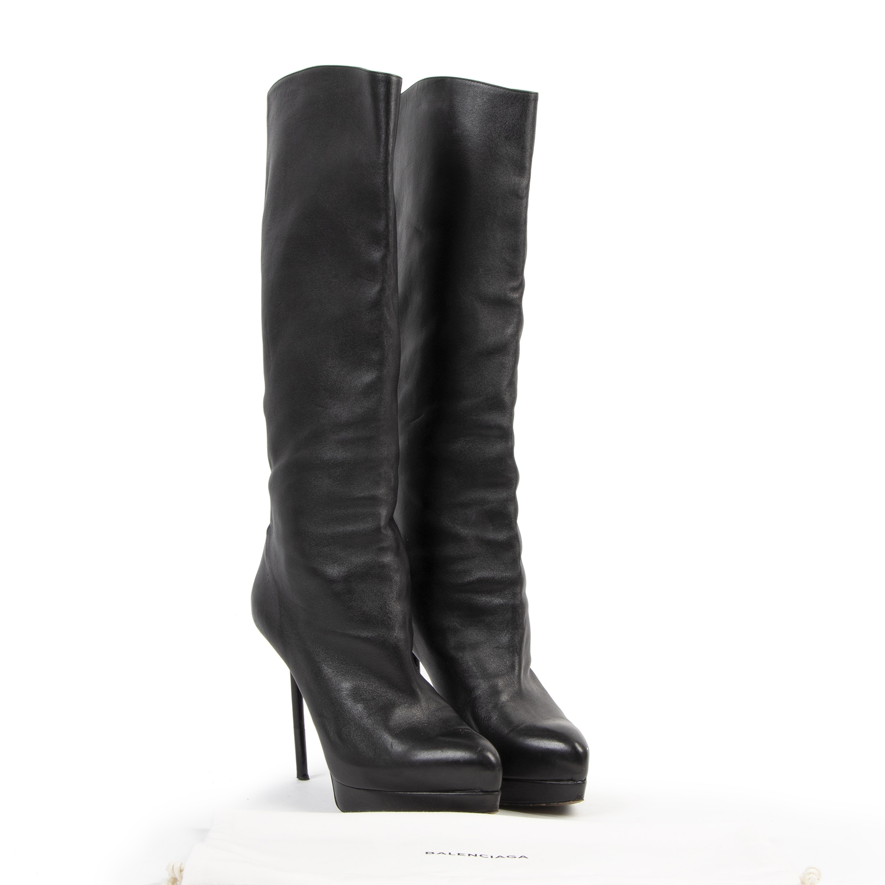Authentieke tweedehands vintage Yves Saint Laurent Black Knee Boots - Size 40,5 bij online webshop LabelLOV