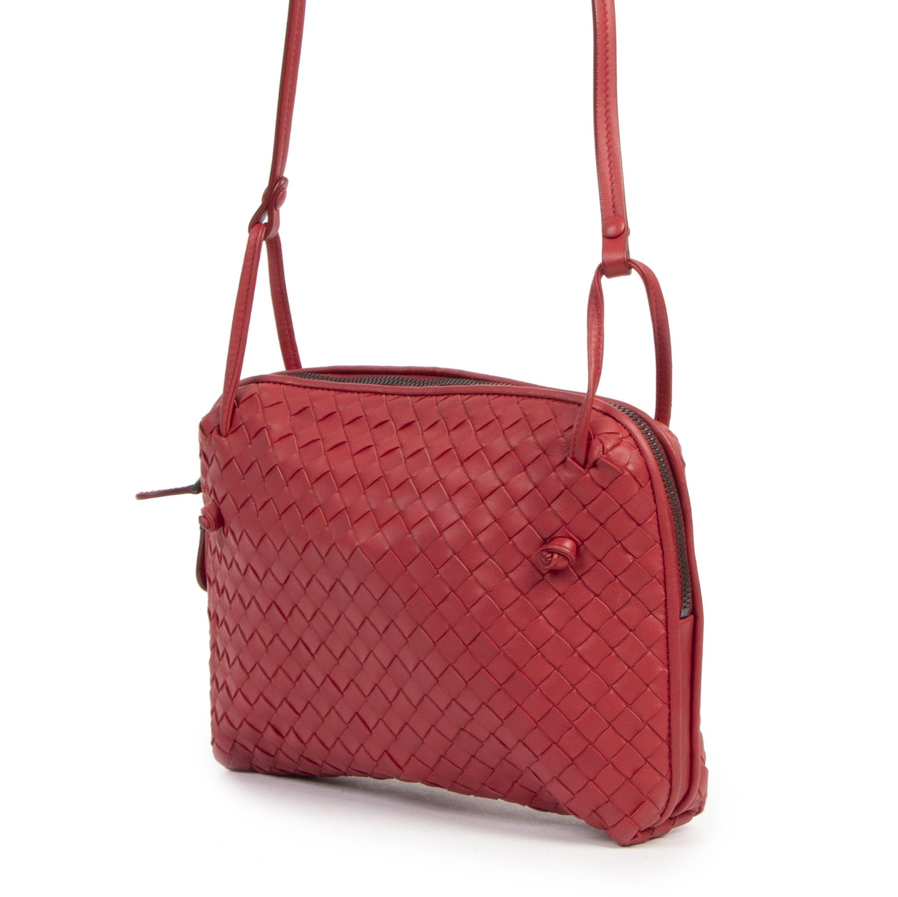 Authentique seconde-main vintage Bottega Veneta Dahlia Intrecciato Nappa Messenger Bag  achète en ligne webshop LabelLOV