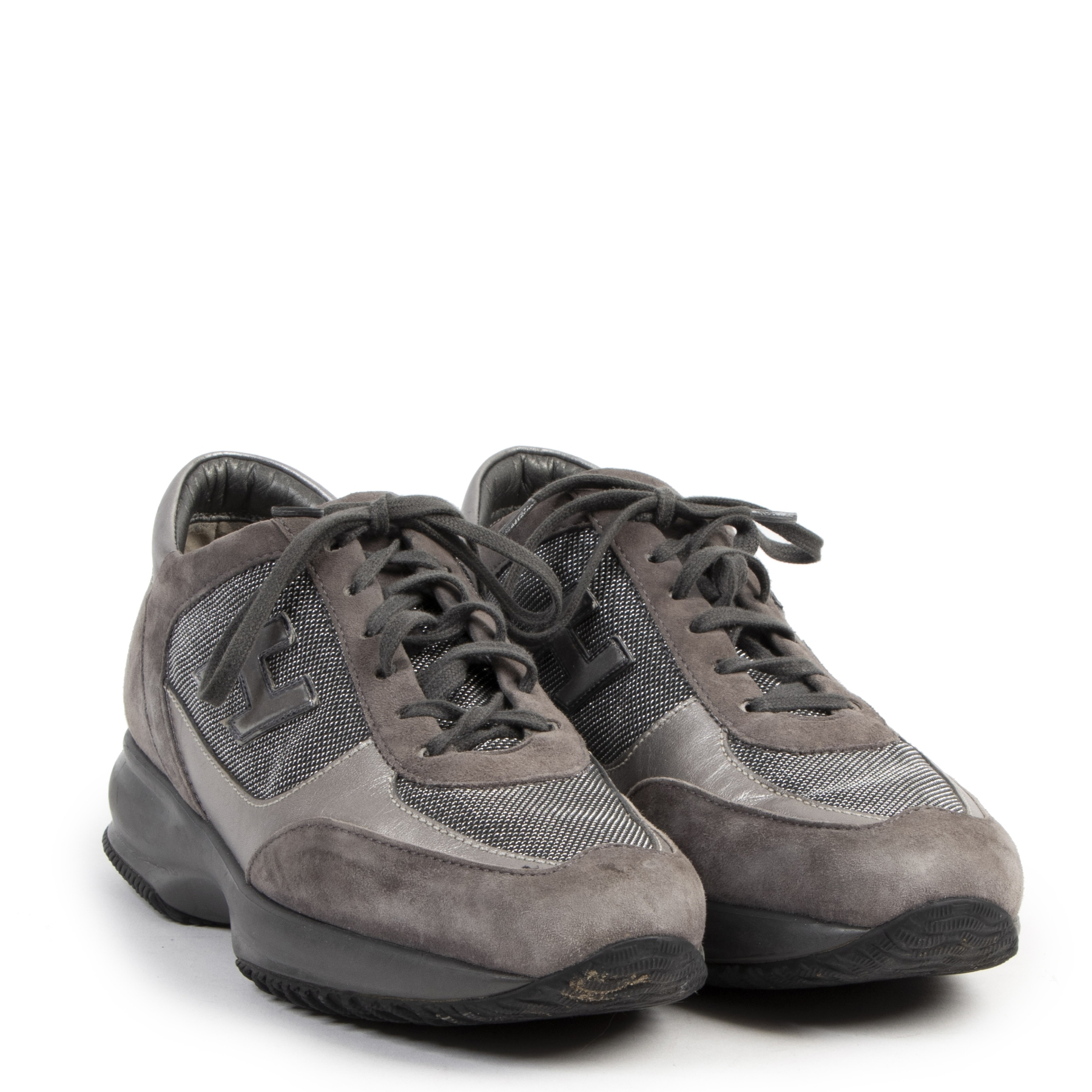 Authentique seconde-main vintage Hogan Grey Suede Interactive Platform Sneaker - Size 39,5  achète en ligne webshop LabelLOV
