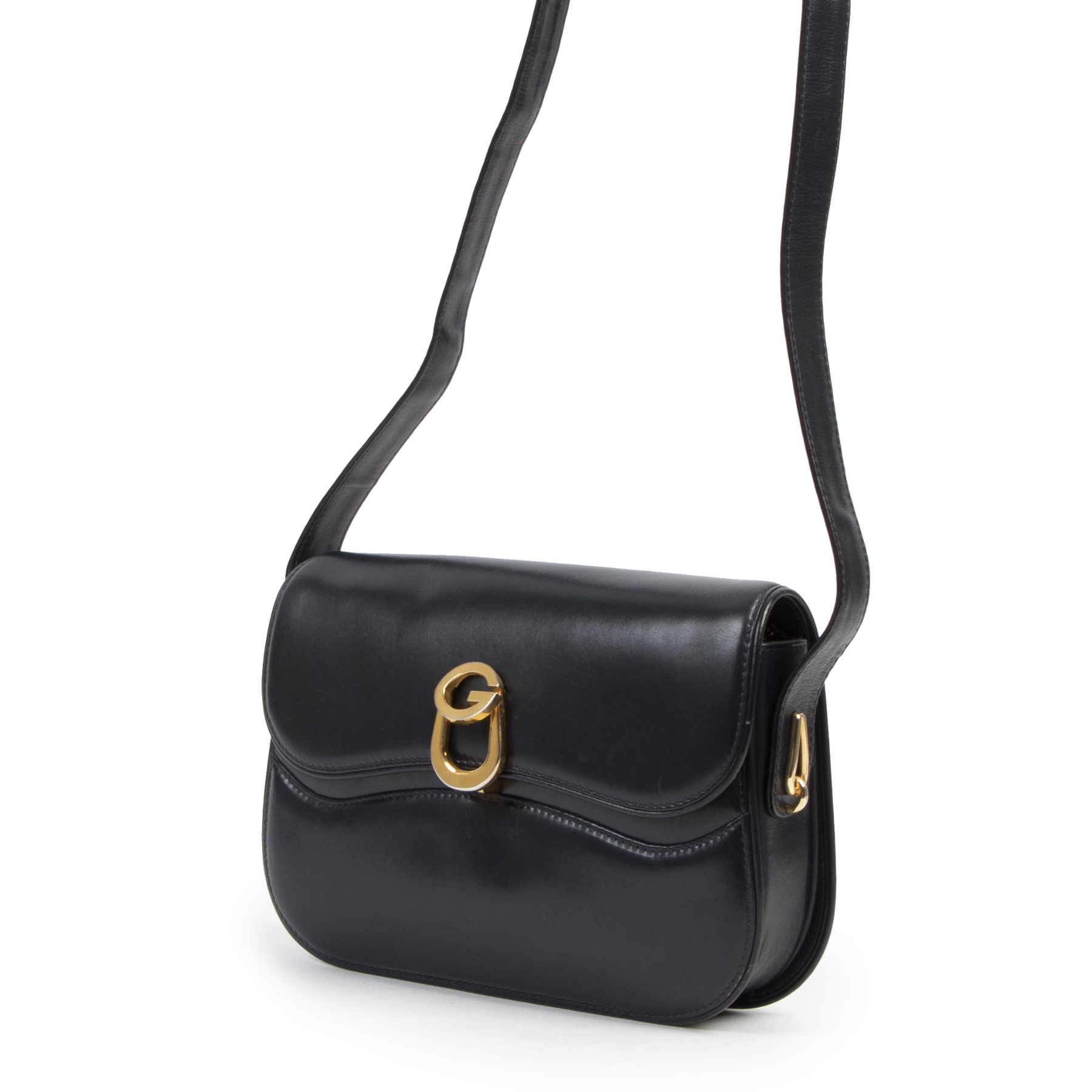 Authentieke tweedehands vintage Gucci Dark Blue Leather G Clasp Shoulder Bag koop online webshop LabelLOV