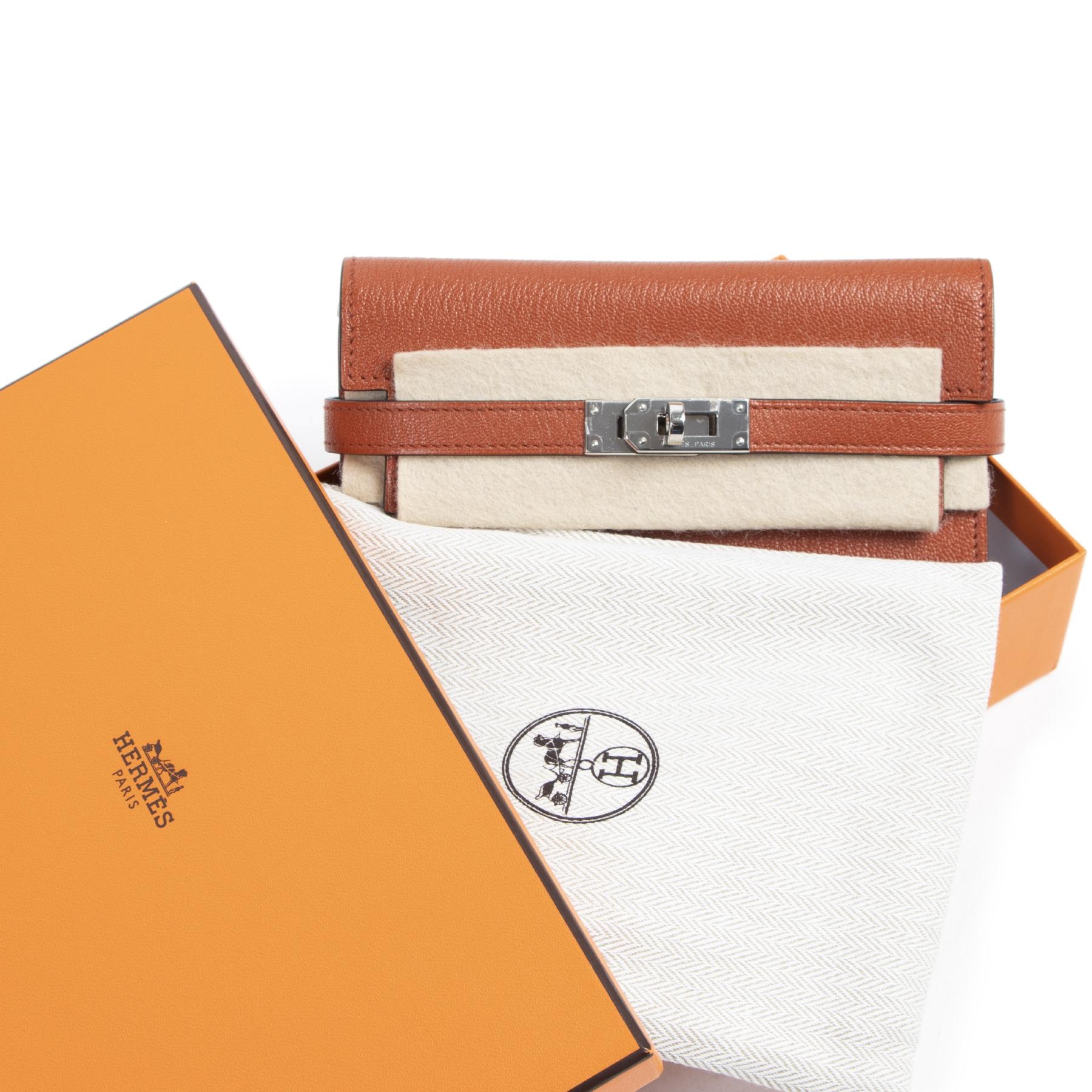 Authentieke tweedehands vintage Hermès Kelly Wallet Chèvre Mysore Brique PHW koop online webshop LabelLOV