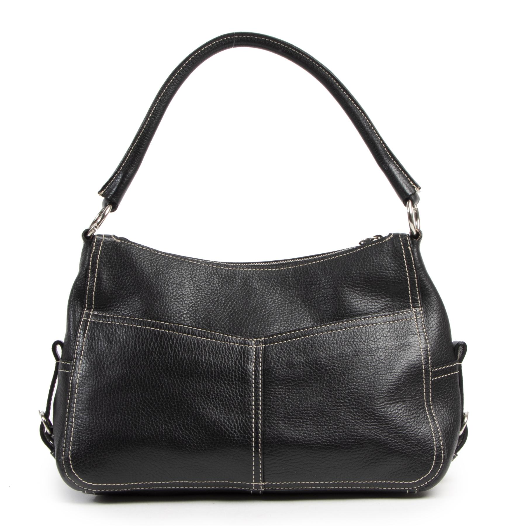 Authentieke Tweedehands Prada Black Shoulder Bag juiste prijs veilig online shoppen luxe merken webshop winkelen Antwerpen België mode fashion