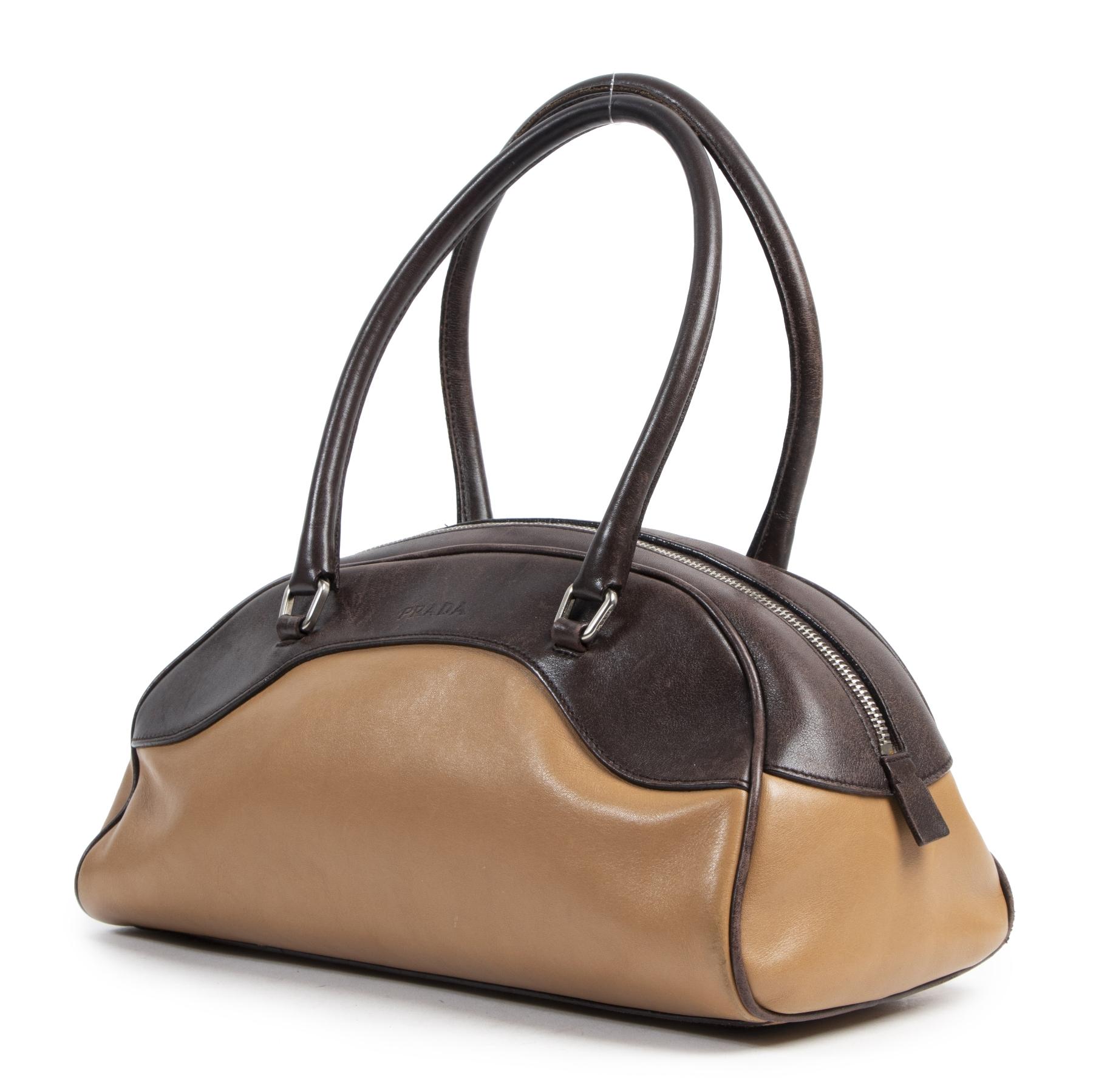 Authentieke Tweedehands Prada Duotone Bowling Bag juiste prijs veilig online shoppen luxe merken webshop winkelen Antwerpen België mode fashion