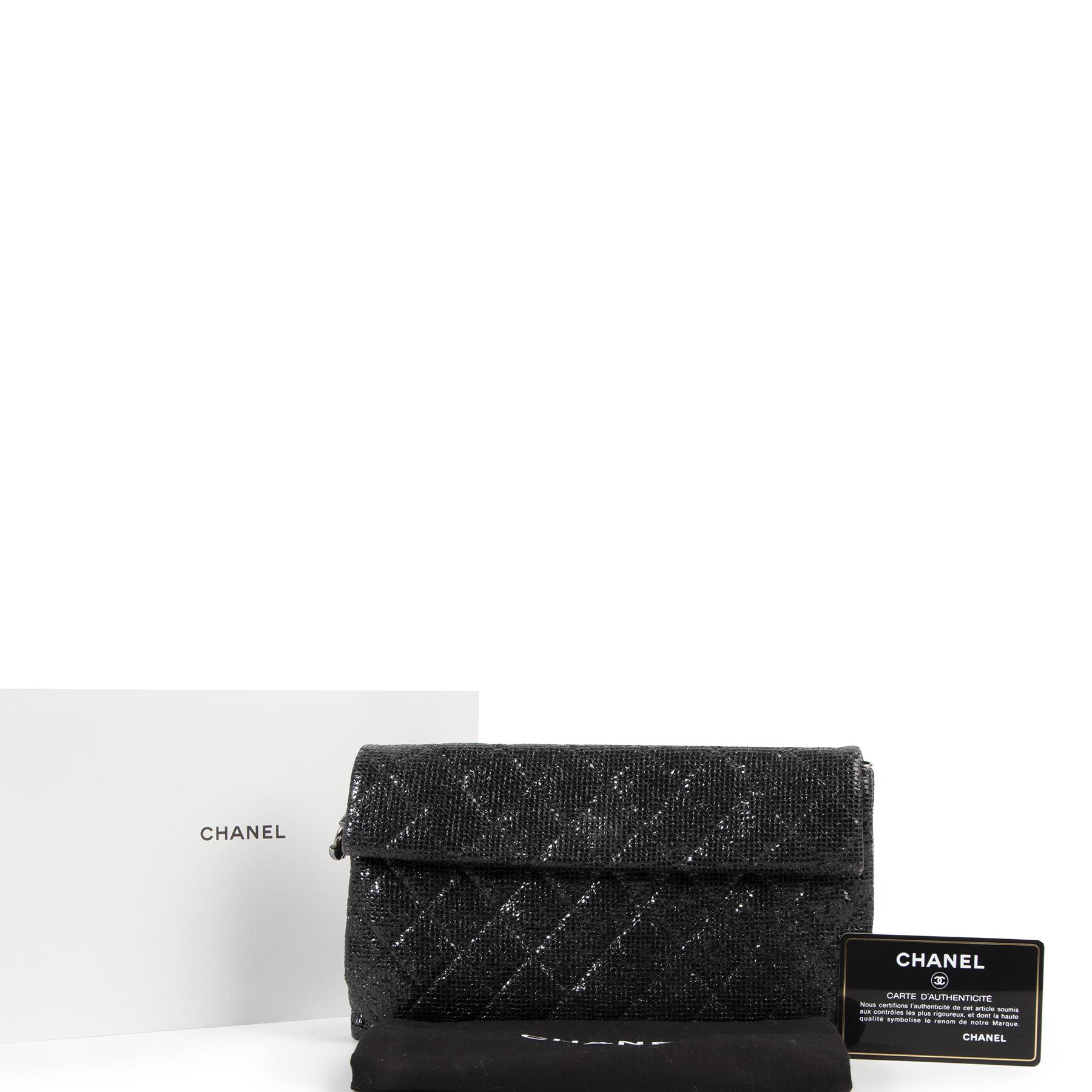 Authentieke Tweedehands Chanel Black Quilted Glitter Clutch  juiste prijs veilig online shoppen luxe merken webshop winkelen Antwerpen België mode fashion