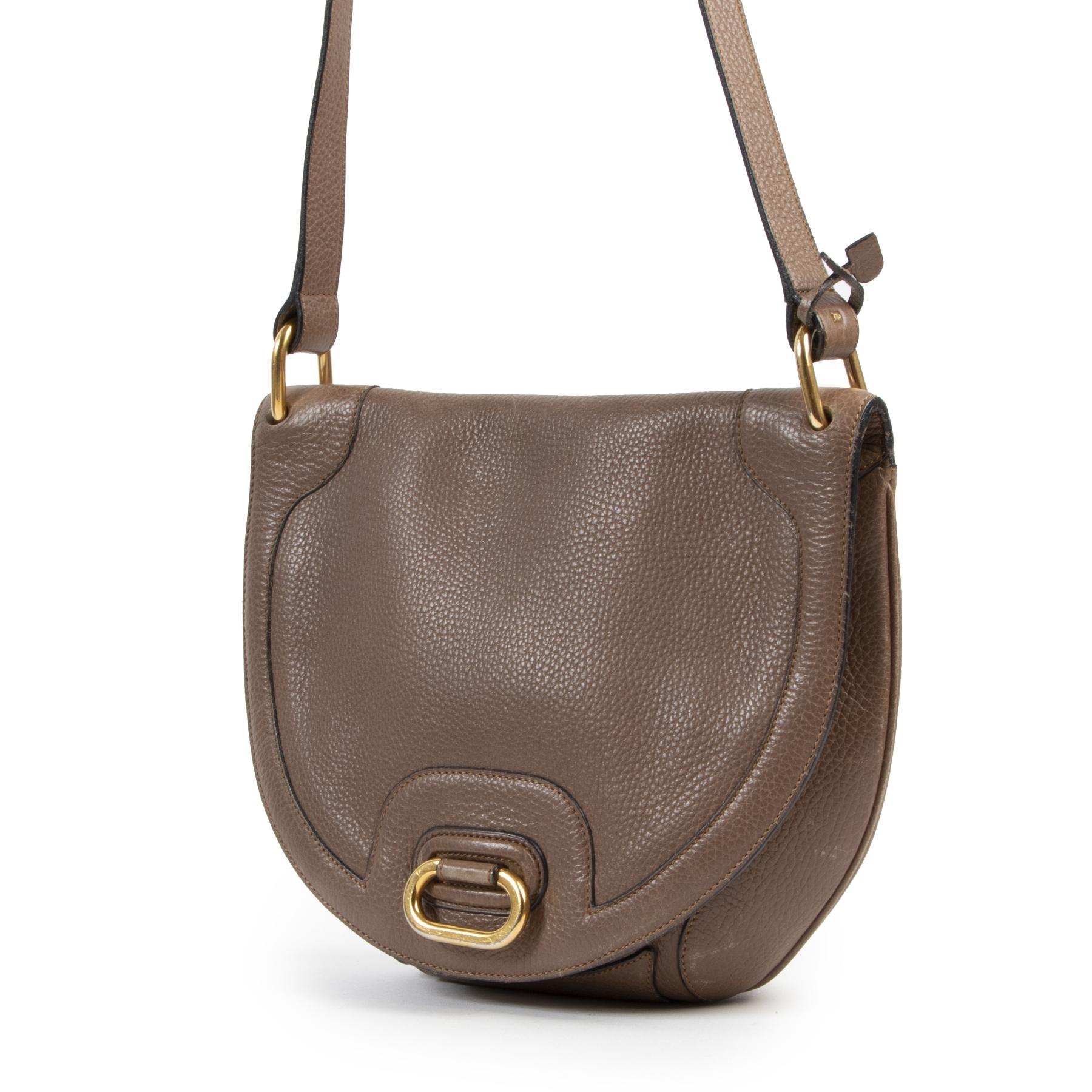 Delvaux Taupe Shoulder Bag pour le meilleur prix chez Labellov