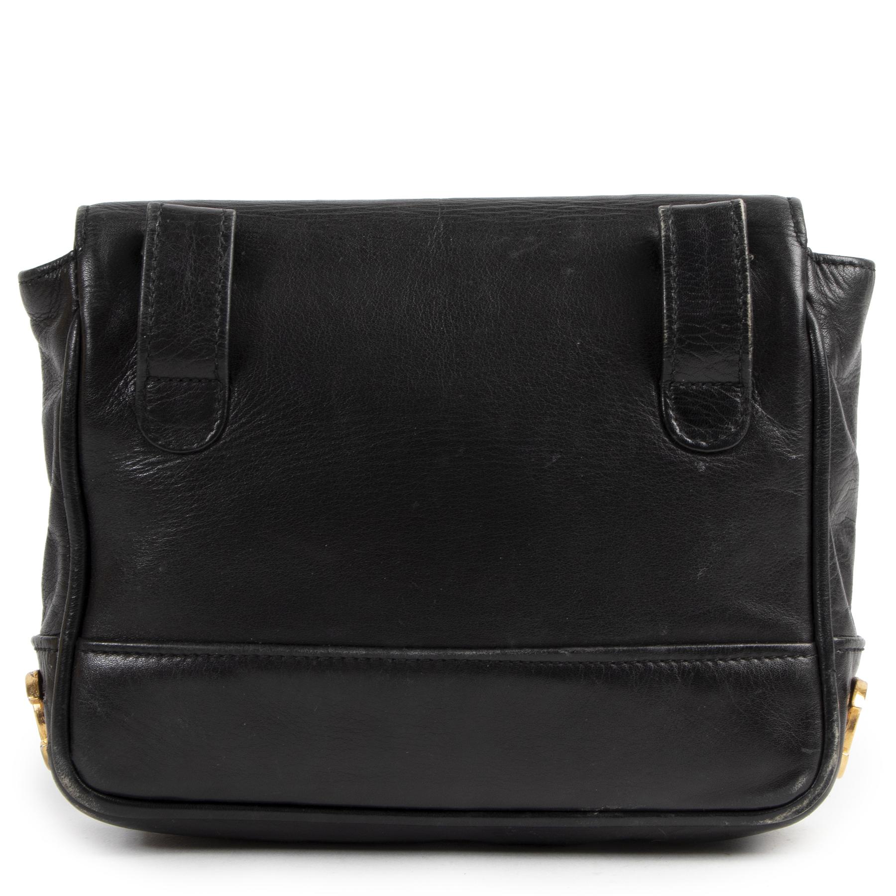 Authentieke Tweedehands Chanel Black Leather CC Belt Bag  juiste prijs veilig online shoppen luxe merken webshop winkelen Antwerpen België mode fashion