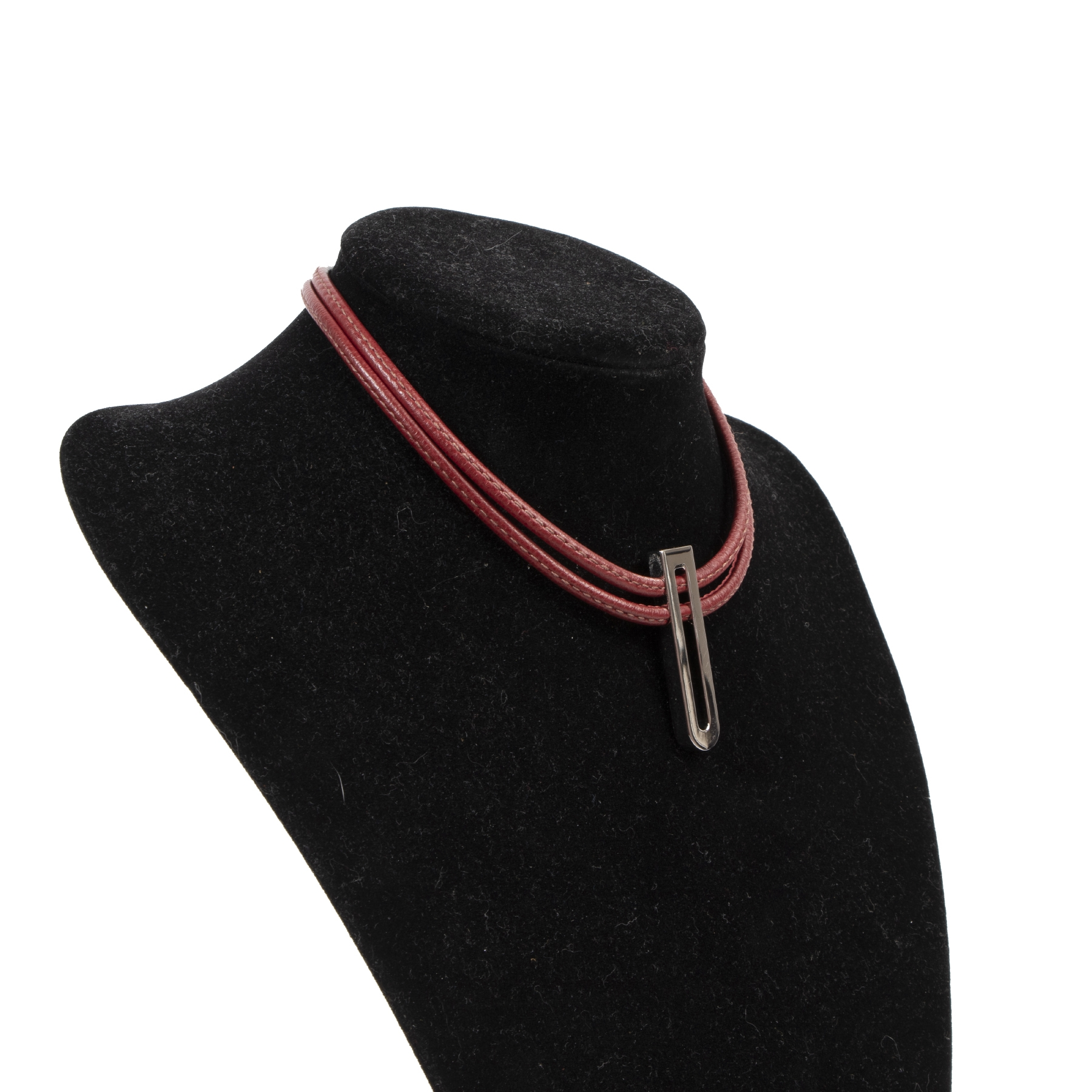 Delvaux Red Leather Necklace kopen en verkopen aan de beste prijs