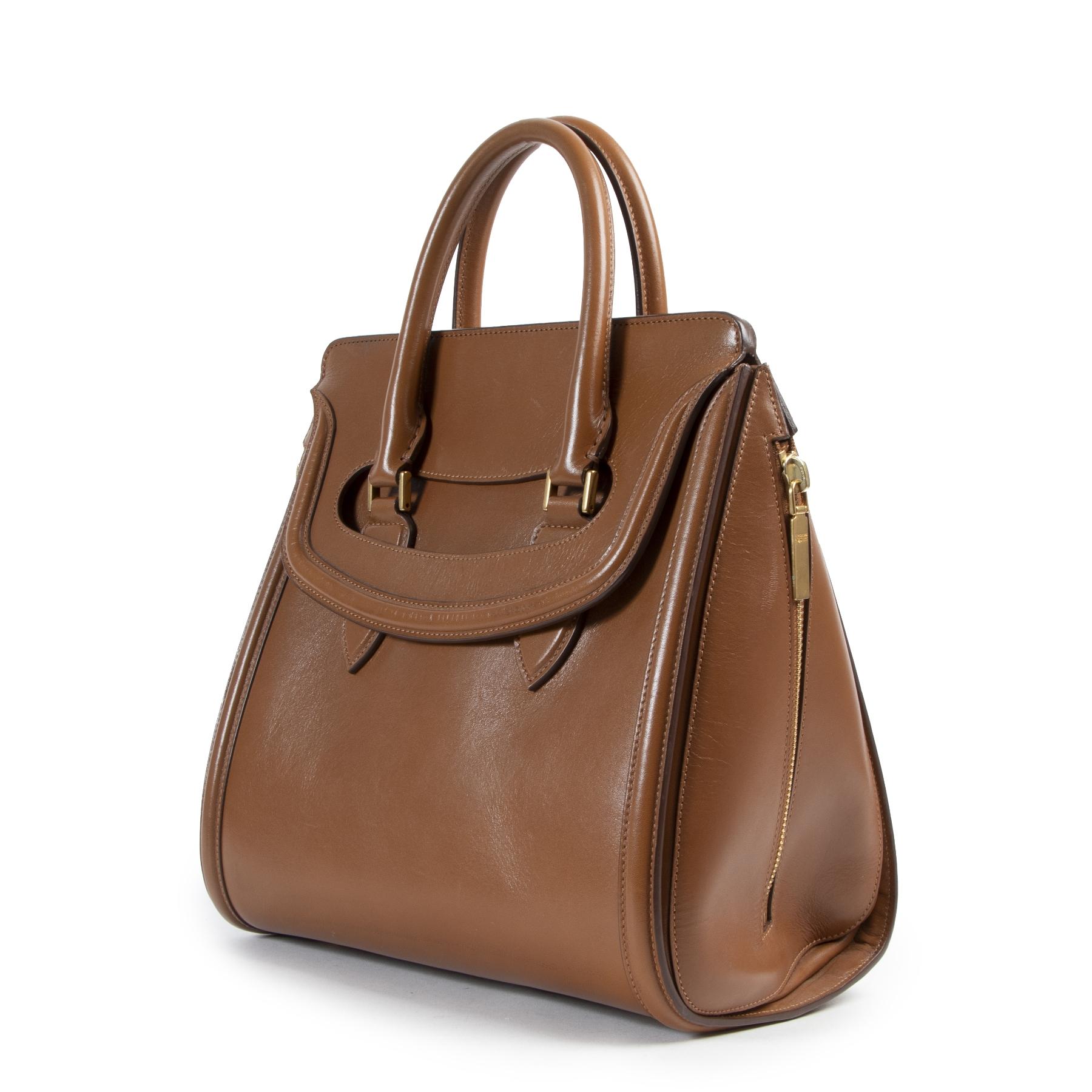 Alexander McQueen Heroine Camel Top Handle Bag pour le meilleur prix chez labellov à Anvers