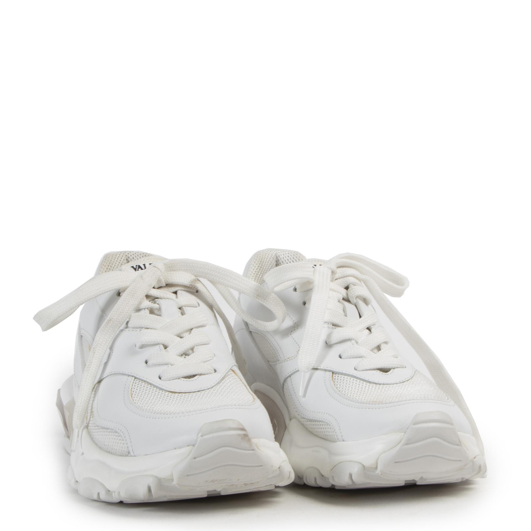 acheter en ligne seconde main Valentino Garavani Bounce Low-Top Sneaker - size 37,5