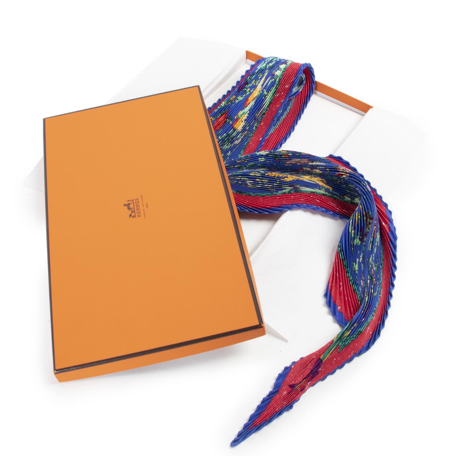 acheter en ligne seconde main Hermes Floral Plissé Carré