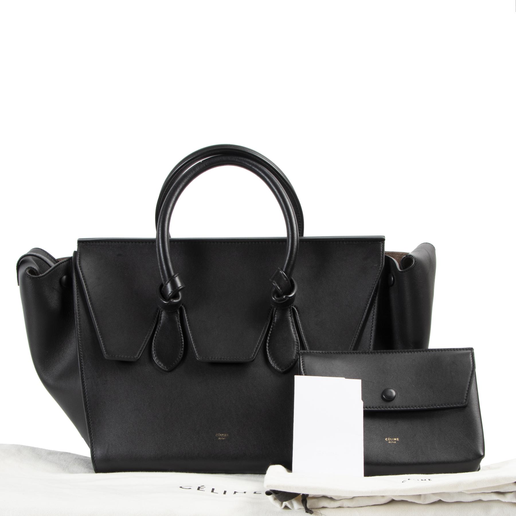 Celine Tie Knot Medium Black Leather Tote kopen en verkopen aan de beste prijs bij Labellov tweedehands luxe