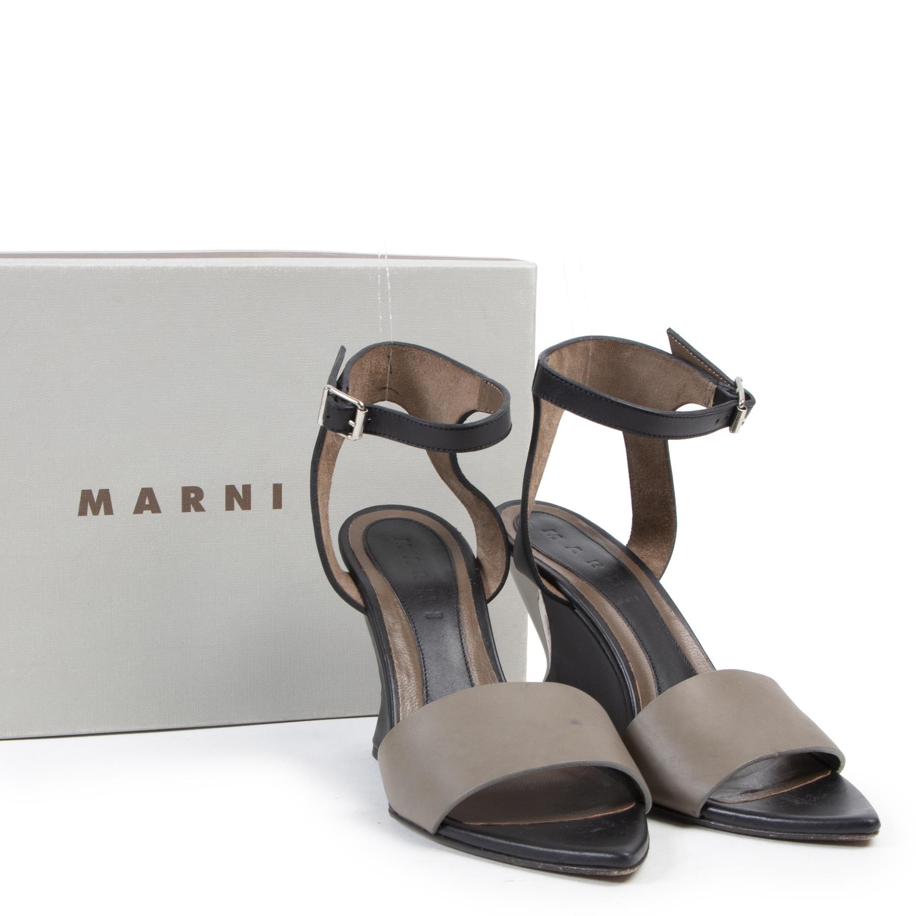Online tweedehands Marni schoenen. Betaal veilig en online bij LabelLOV Antwerpen.