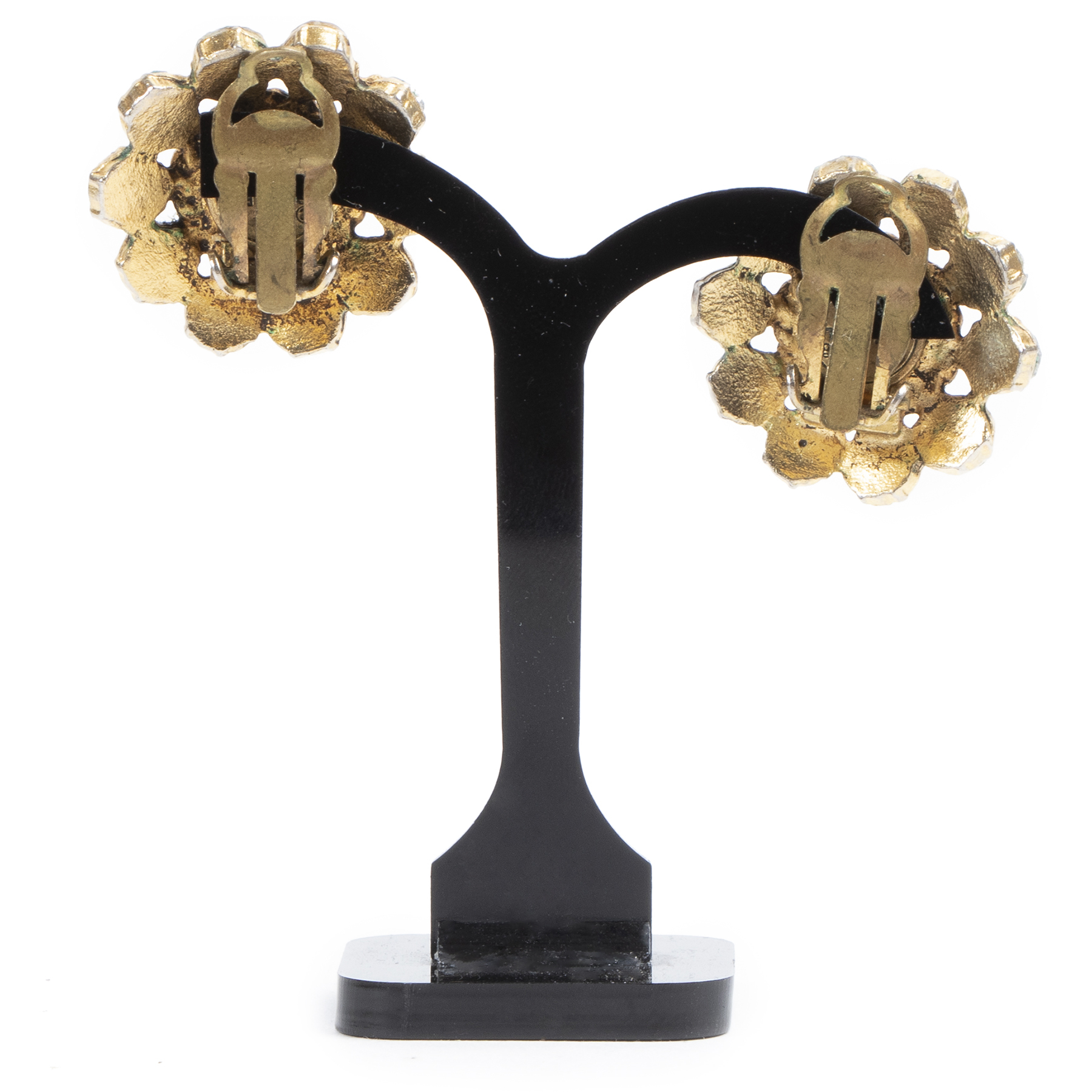 Authentieke Tweedehands Chanel Flower Pearl & Crystal Clip-On Earrings juiste prijs veilig online shoppen luxe merken webshop winkelen Antwerpen België mode fashion