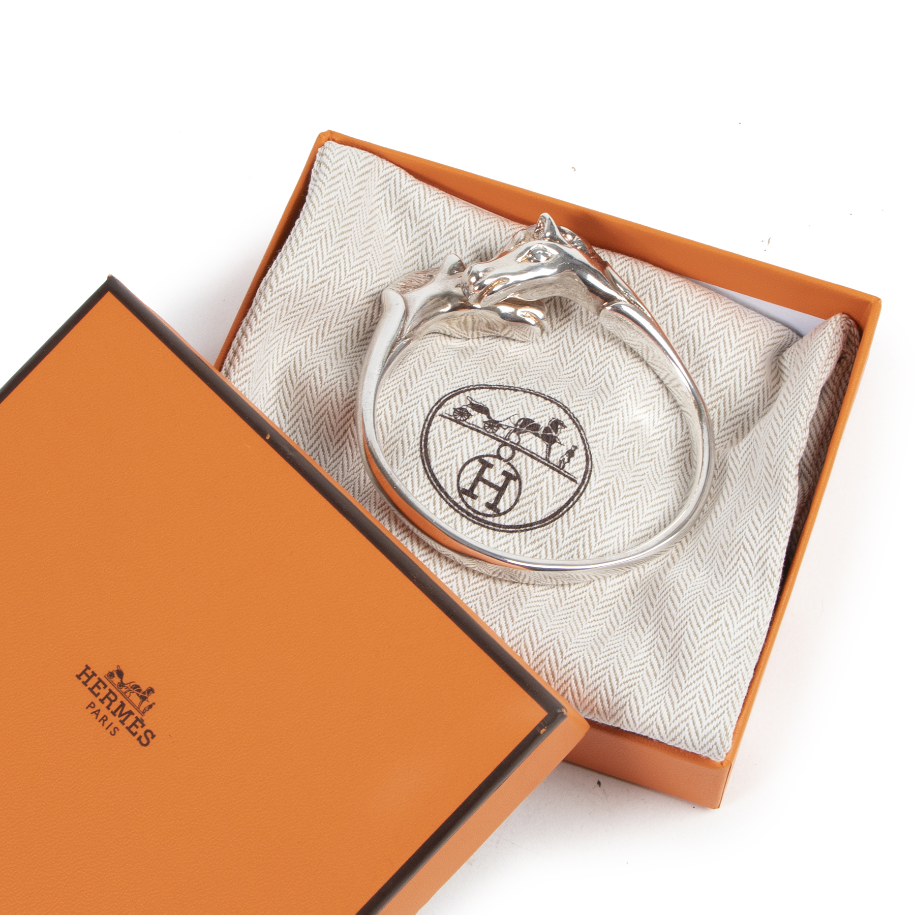 Authentic secondhand Hermes Silver Cheval Horse Bangle Bracelet designer accessories fashion luxury vintage webshop safe secure online shopping