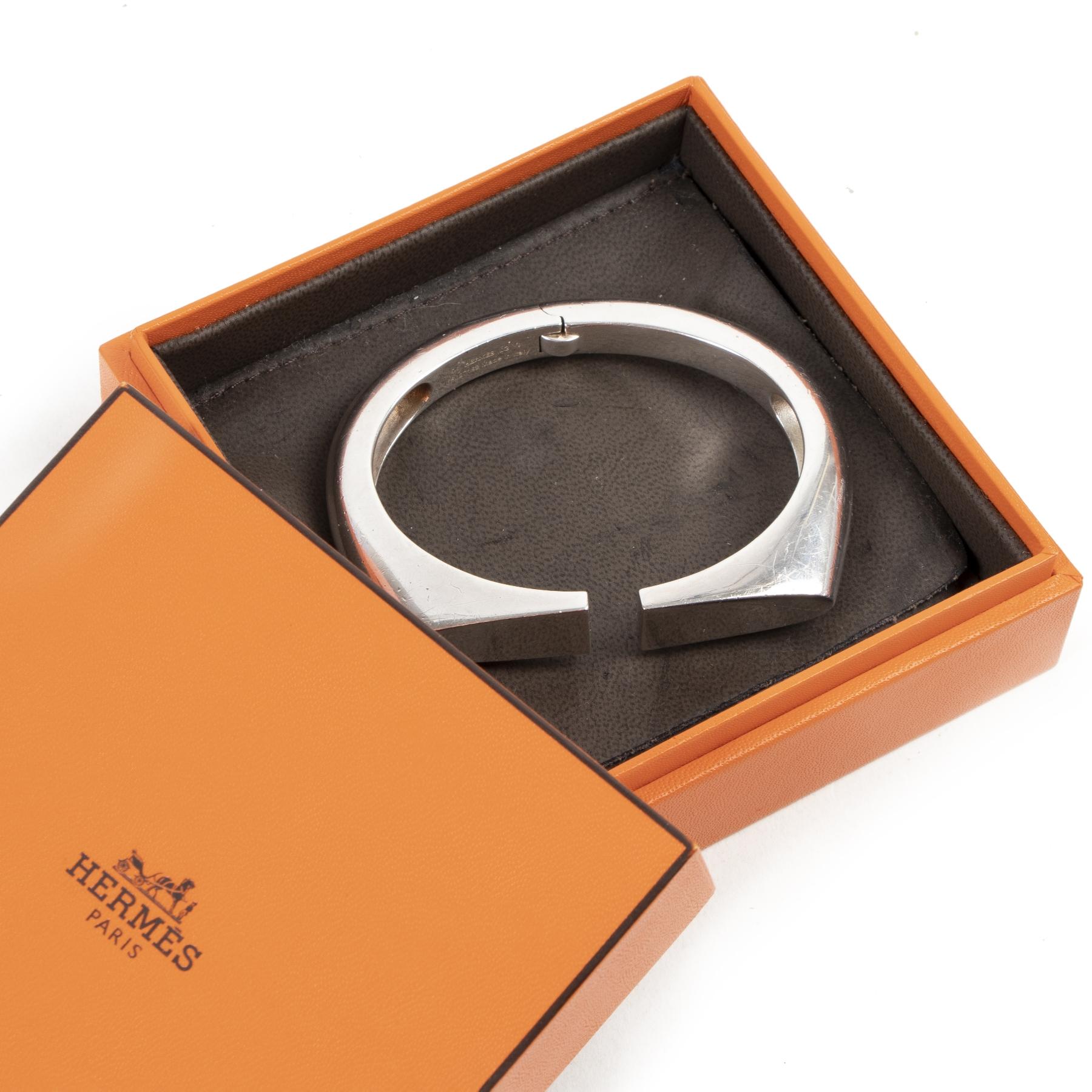 Acheter des bracelets de luxe d'occasion de la marque Hermès sur la boutique en ligne vintage LabelLOV