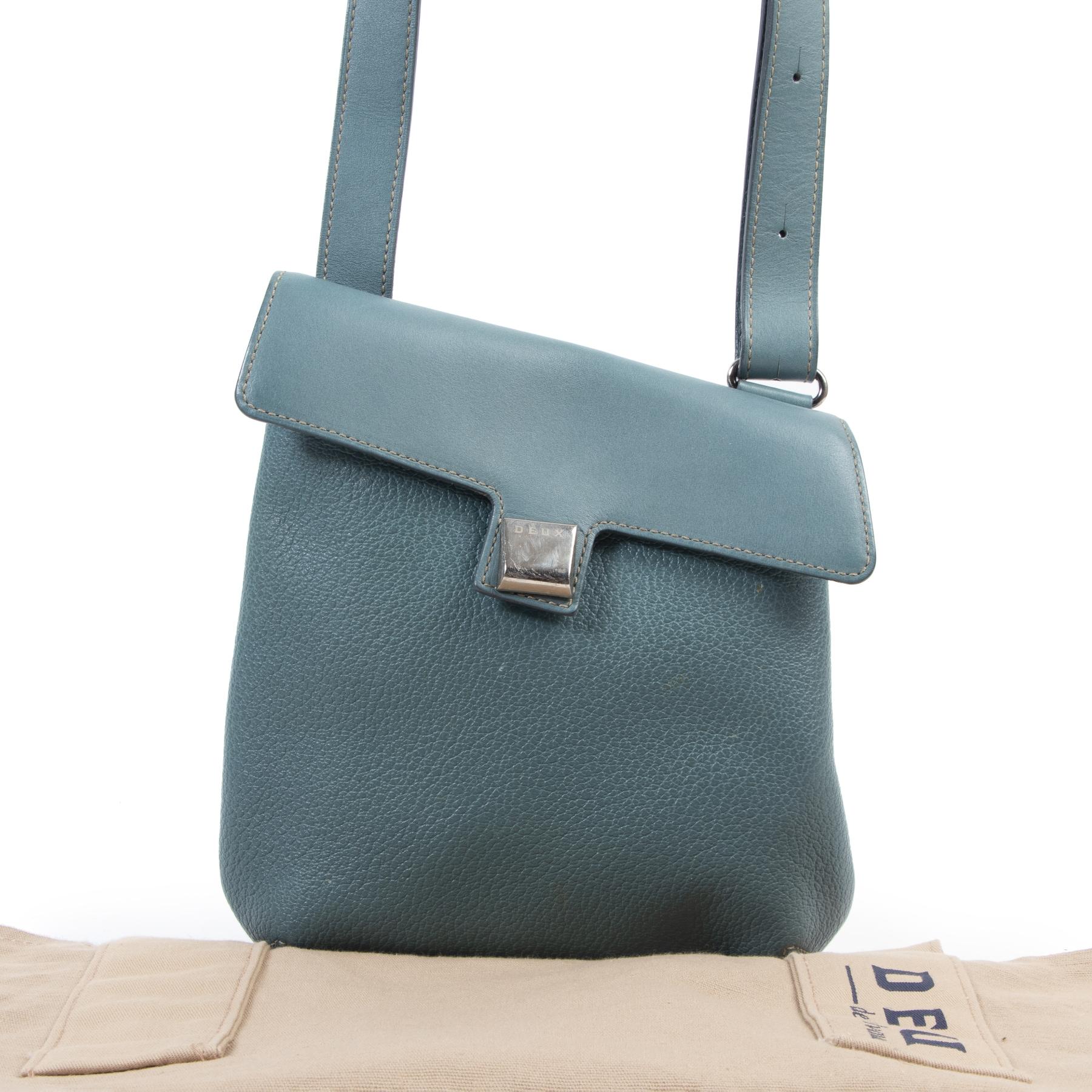 Deux de Delvaux Turquoise Crossbody Bag bij Labellov tweedehands luxe in Antwerpen België