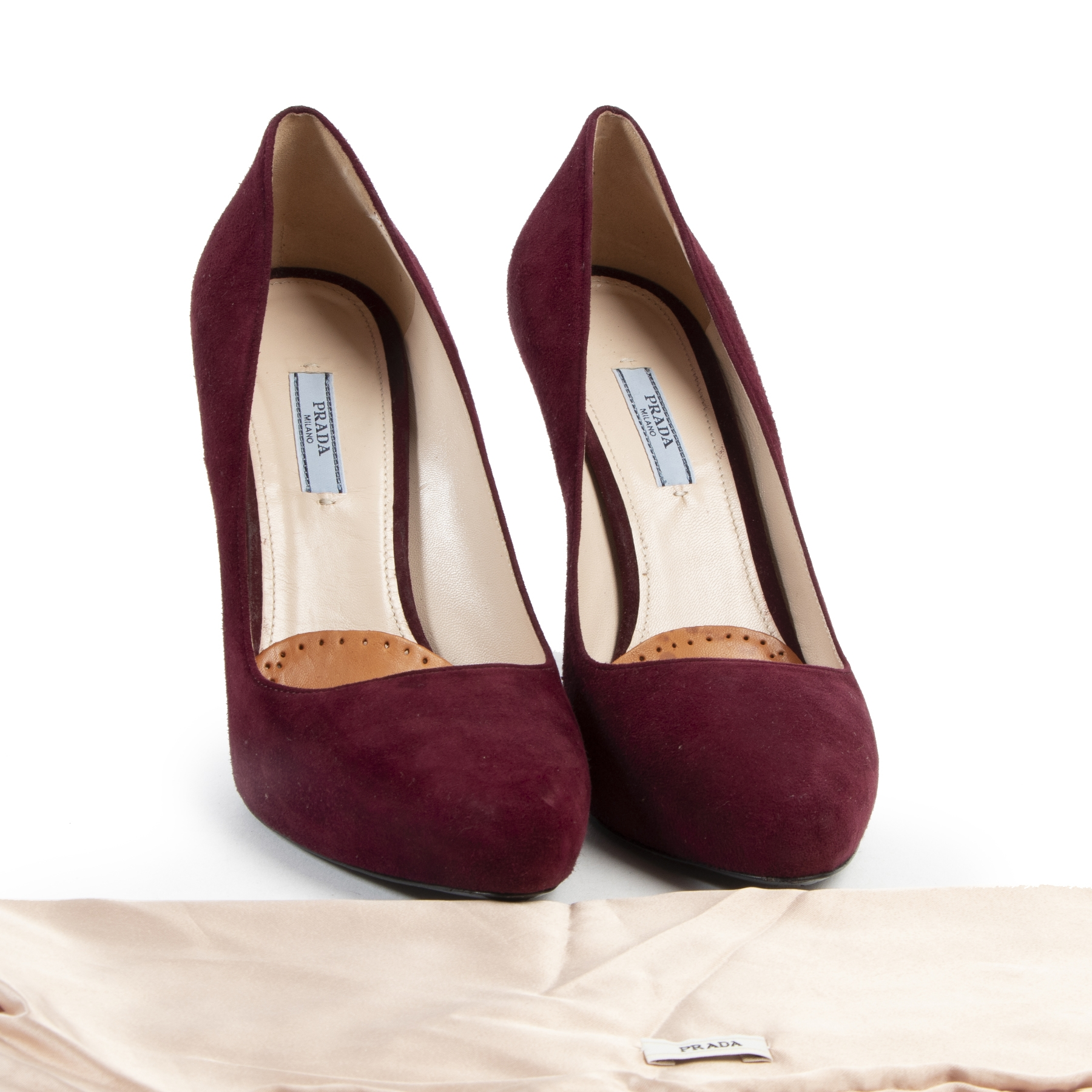 Prada Bordeaux Suede Gold Heels Pumps te koop