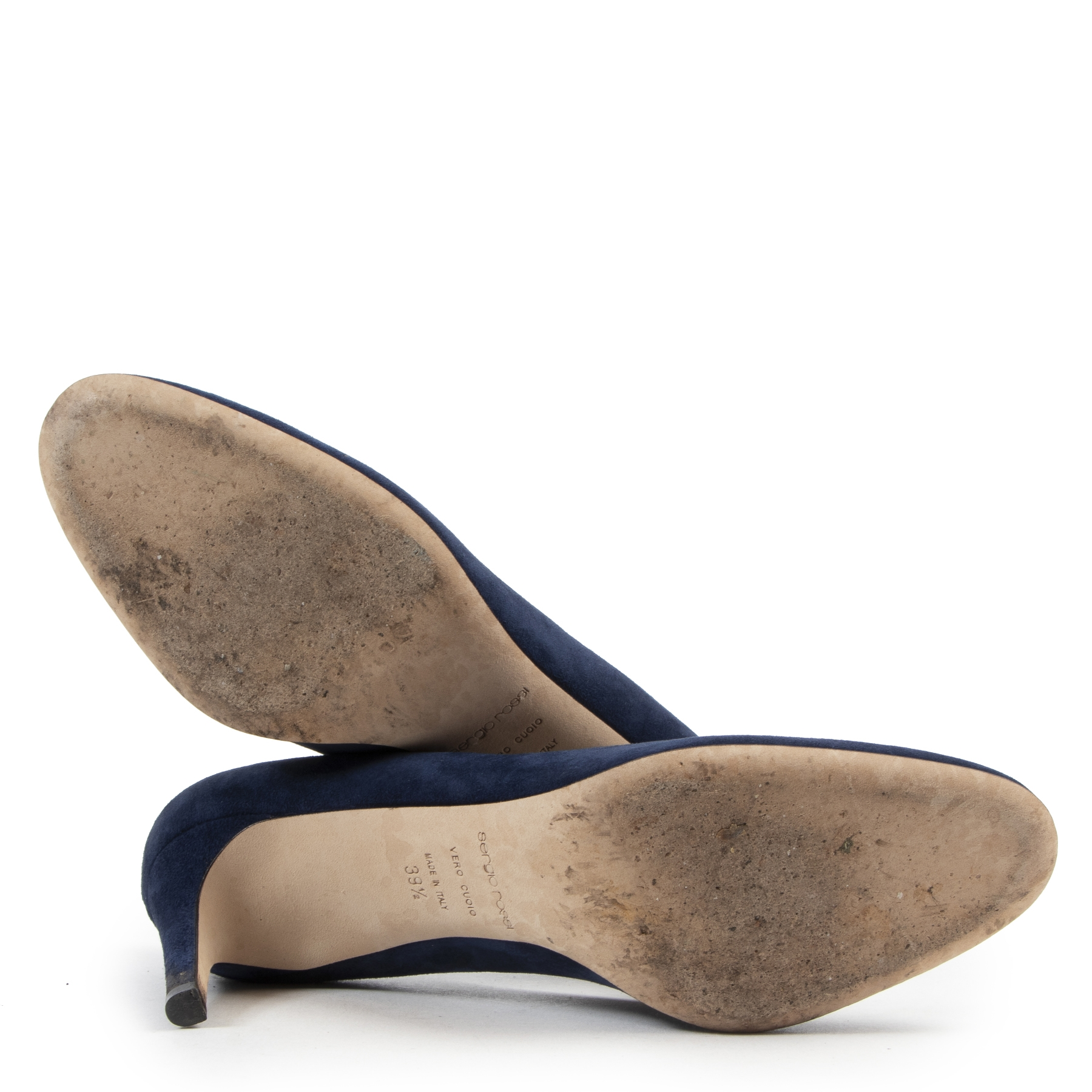 Buy online designer vintage shoes at LabelLOV Antwerp