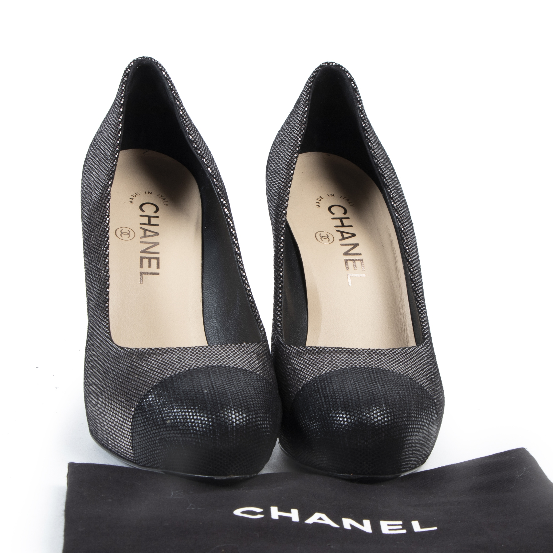 Authentic secondhand Chanel Metallic Black Caps CC Heels - Size 37,5 designer shoes fashion luxury vintage webshop safe secure online shopping