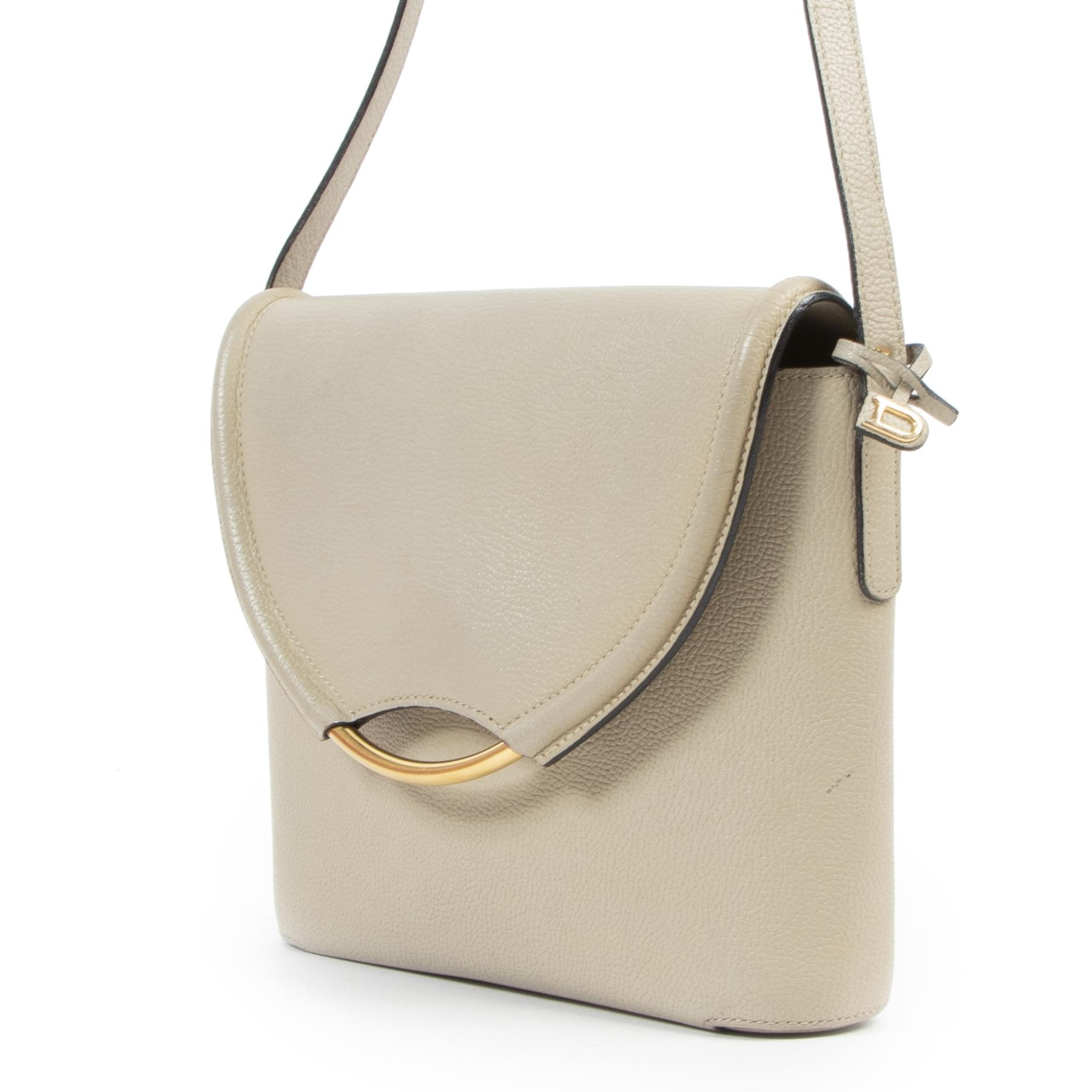 Achetez d'authentiques sacs à main Delvaux d'occasion à bon prix chez LabelLOV.