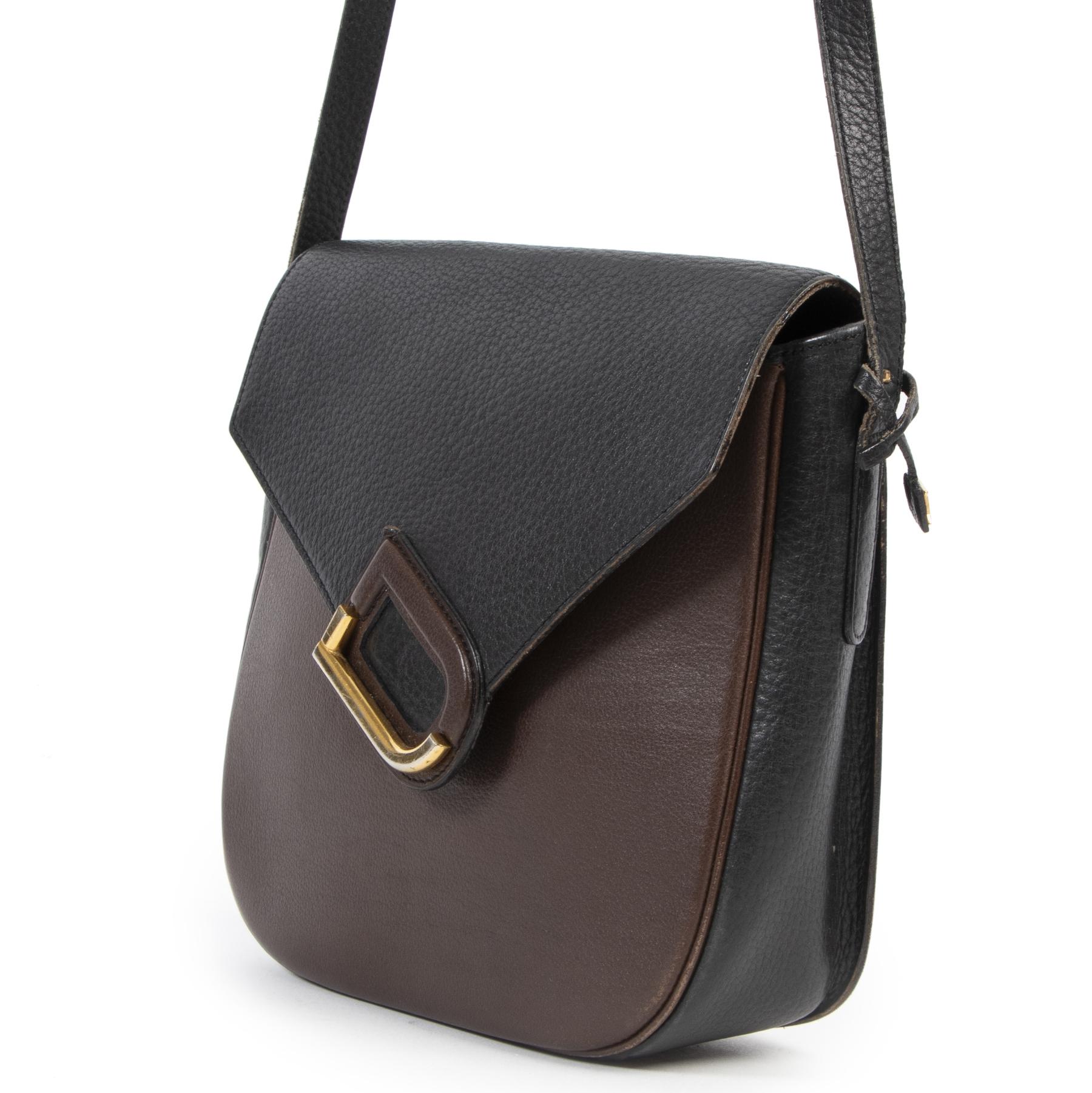 Koop tweedehands handtassen bij LabelLOV Antwerpen.