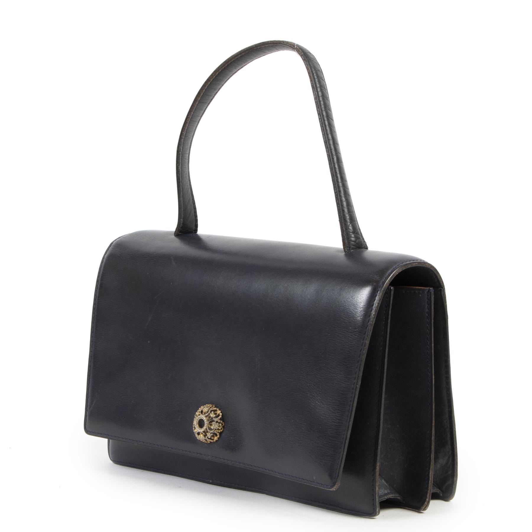 Koop authentieke tweedehands Delvaux handtassen met juiste prijs bij LabelLOV.