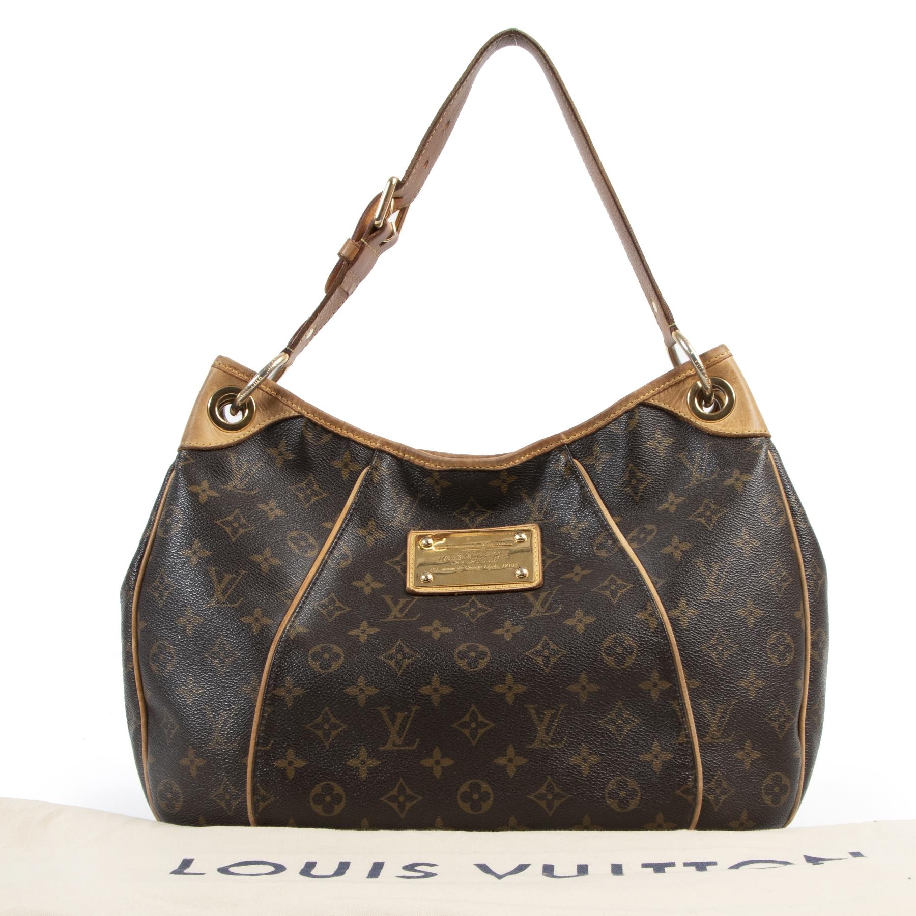 Louis Vuitton Galliera Inventeur Hobo Bag pour le meilleur prix chez Labellov
