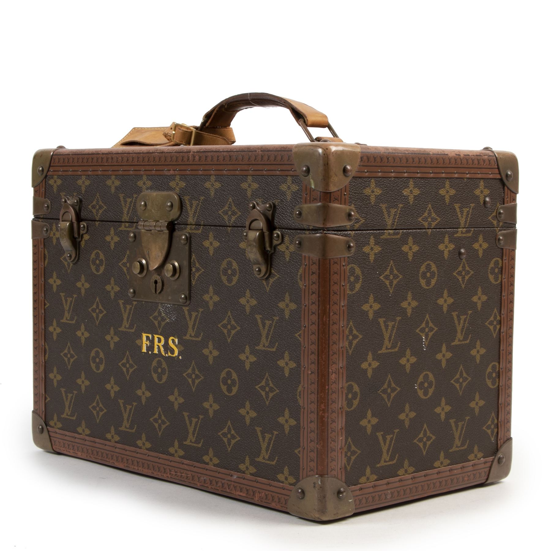 Buy preloved Louis Vuitton beauty cases at LabelLOV Antwerp.