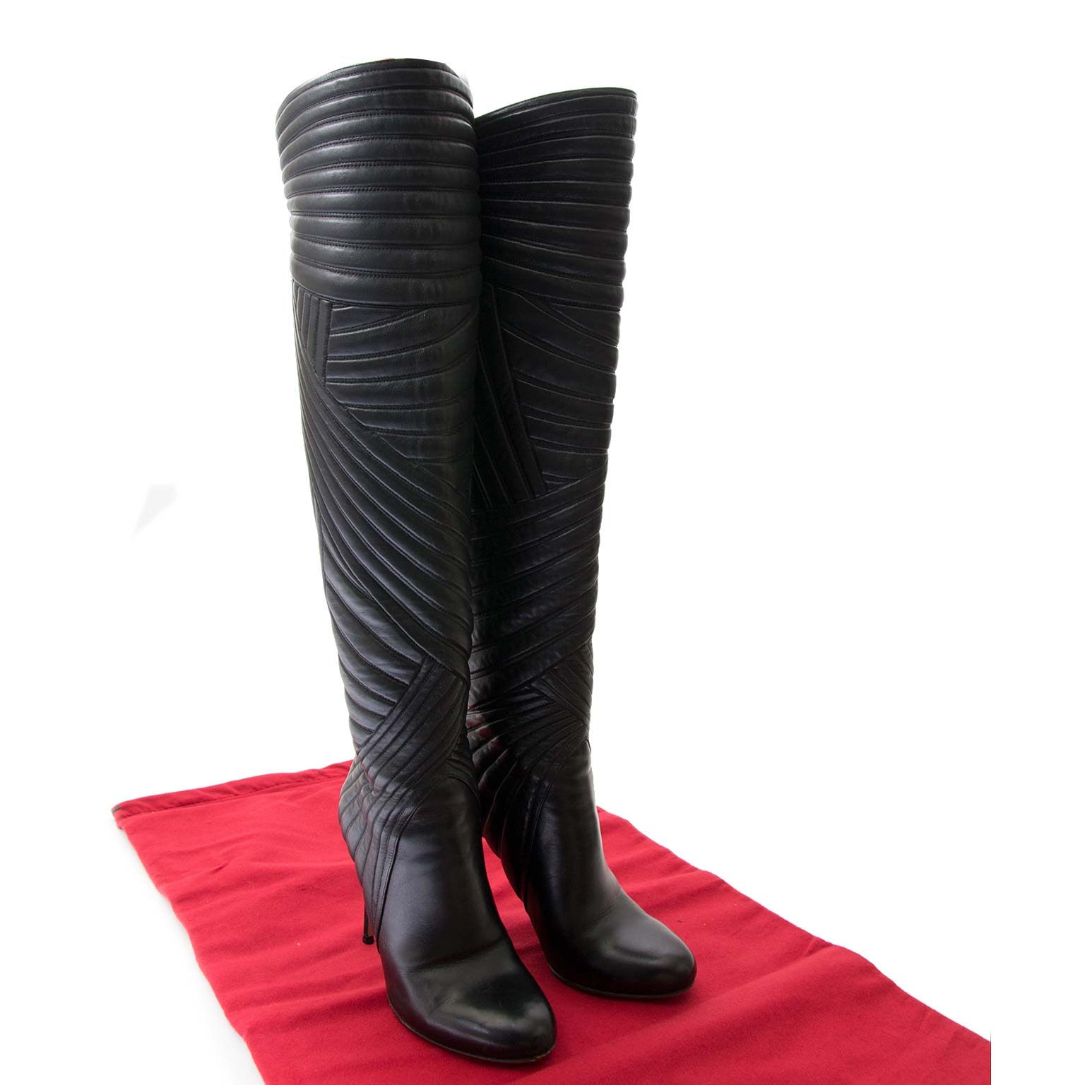 valentino stitched leather knee boots now for sale at labellov vintage fashion webshop belgium