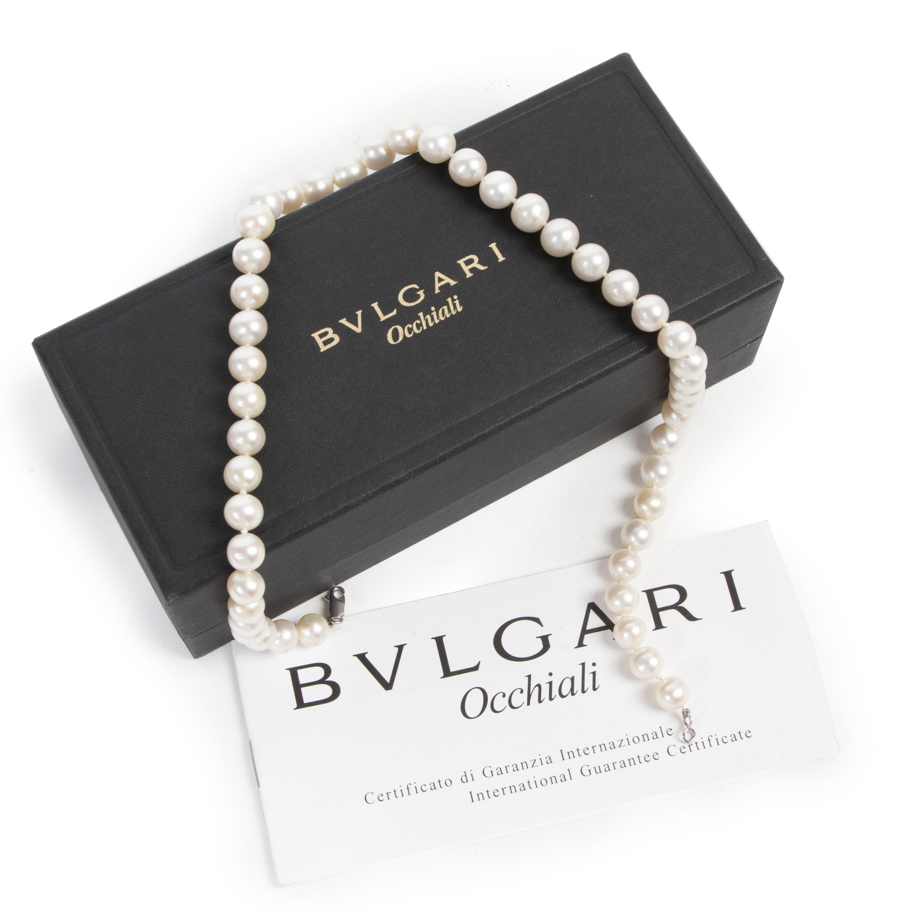 Authentic secondhand Bulgari White Pearl Necklace designer accessories jewelry fashion luxury vintage webshop safe secure online shopping