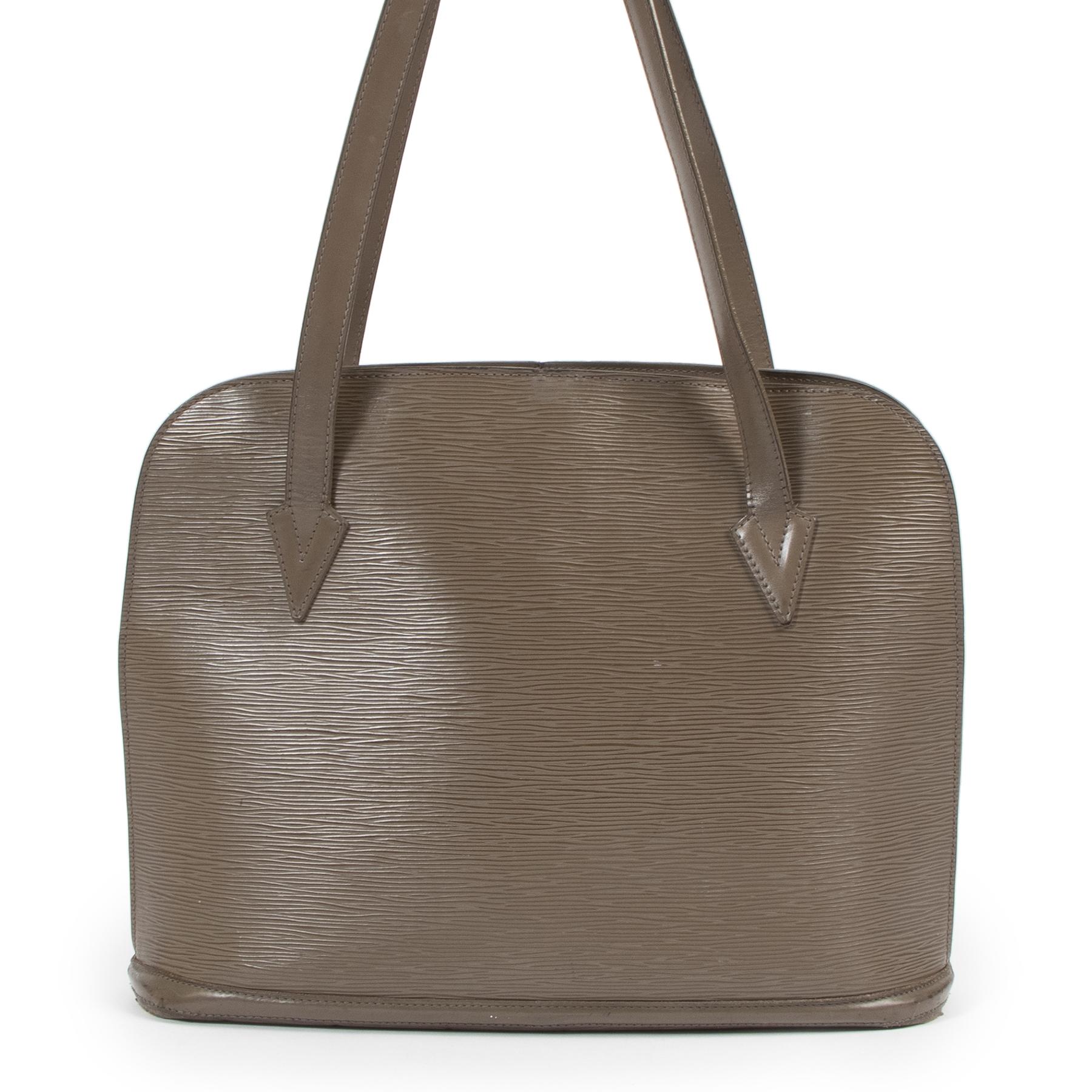 Authentieke Tweedehands Louis Vuitton Taupe Epi Leather Lussac Shoulder Bag juiste prijs veilig online shoppen luxe merken webshop winkelen Antwerpen België mode fashion