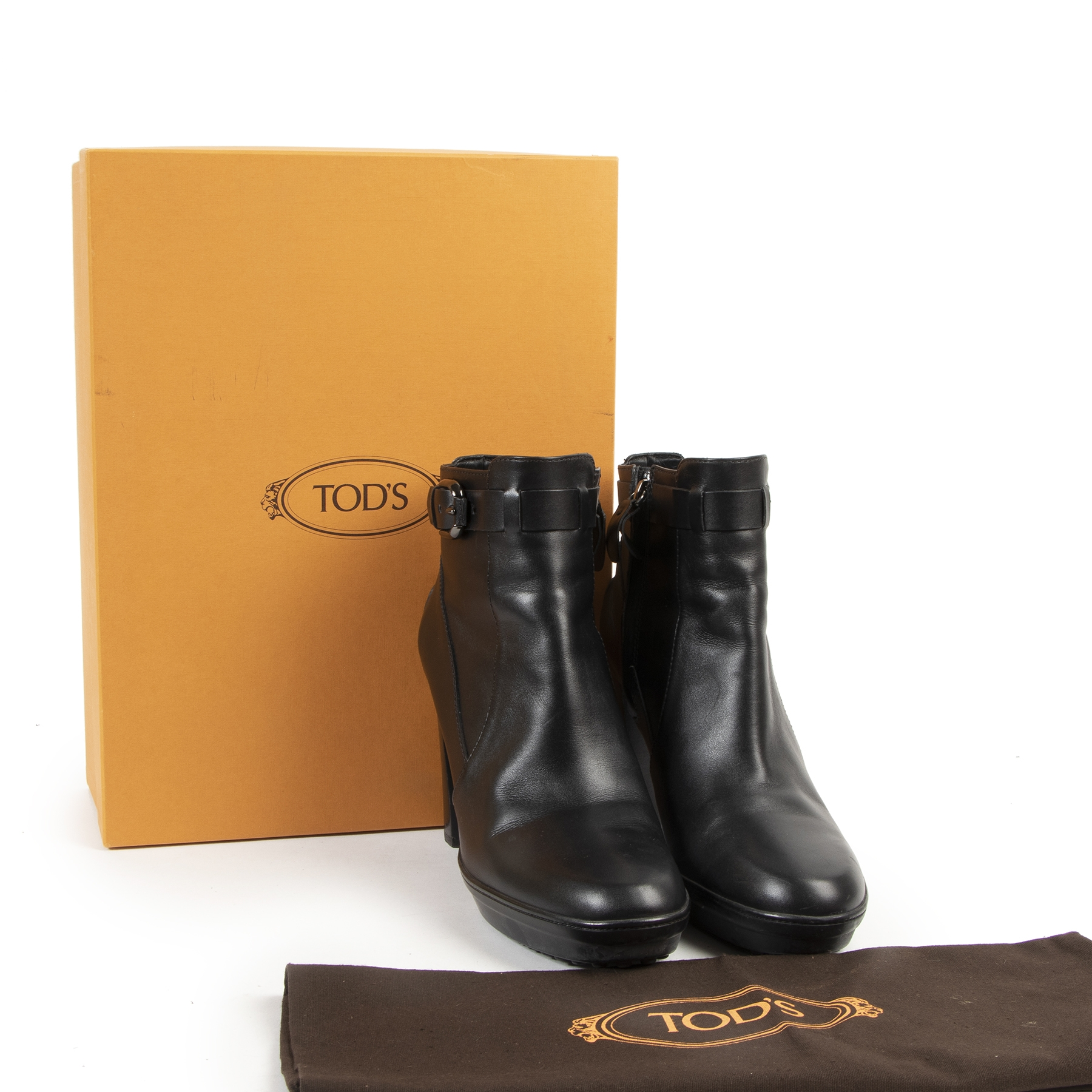 Buy and sell your pair of authentic Tod's Black Heeled Ankle Boots