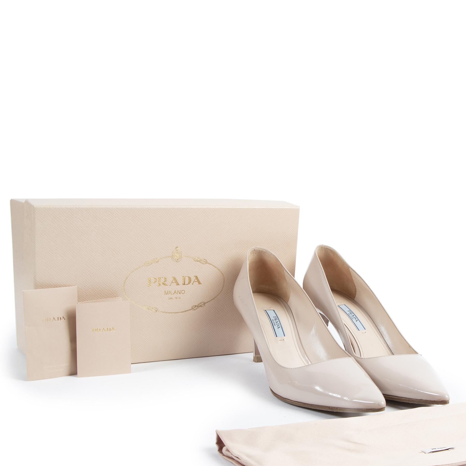 Authentic secondhand Prada Nude Patent Leather Pumps - Size 40,5 designer shoes fashion luxury vintage webshop safe secure online shopping