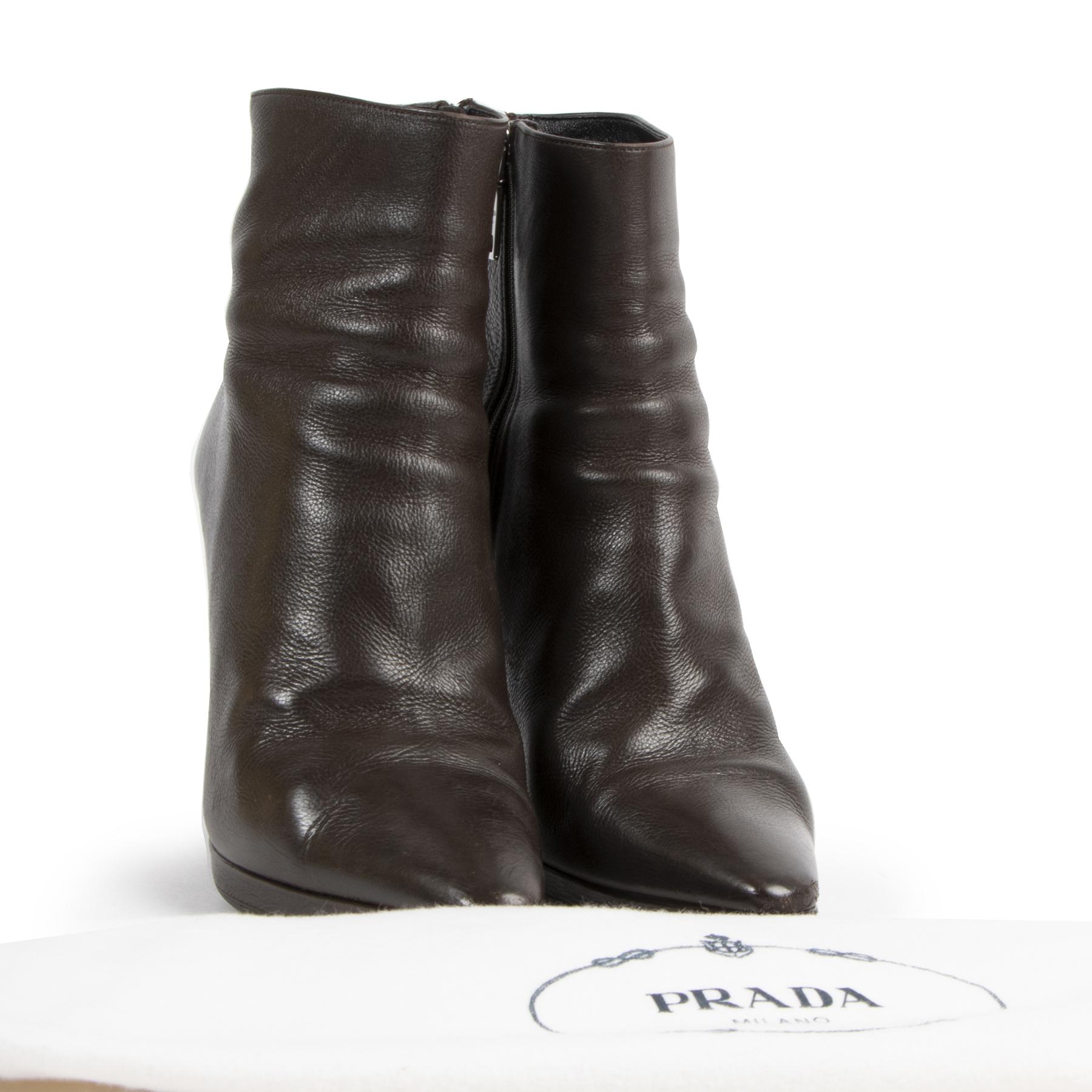 Prada Brown Leather Ankle Boots kopen en verkopen aan de beste prijs